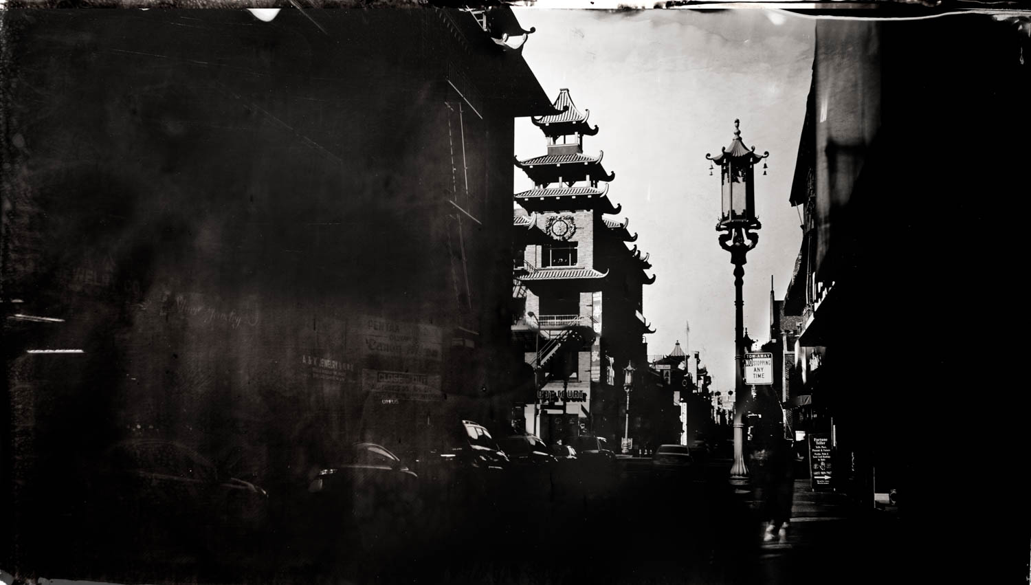 Chinatown, San Francisco - By: Christopher Erin  www.christophererin.com