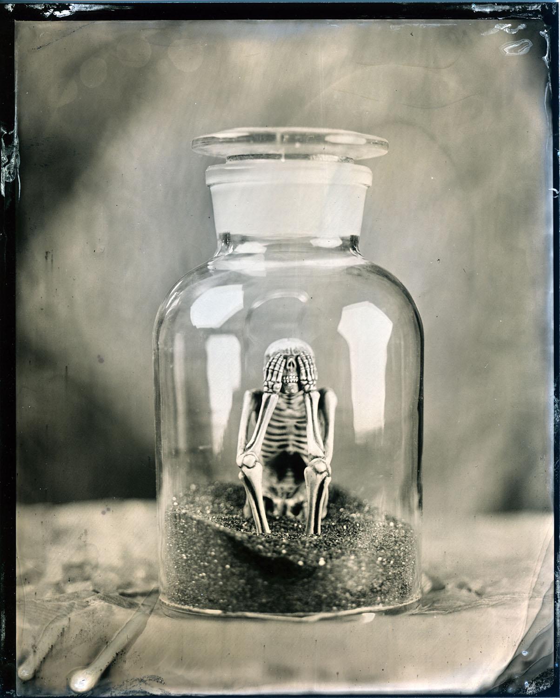 Title : See no evil  By:  Urs Sohmer  www.artportrait.ch