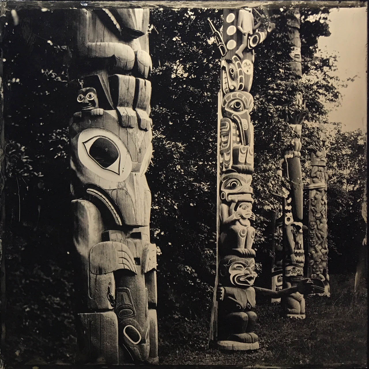 Title : Totem Pole  By:  Bill Hao