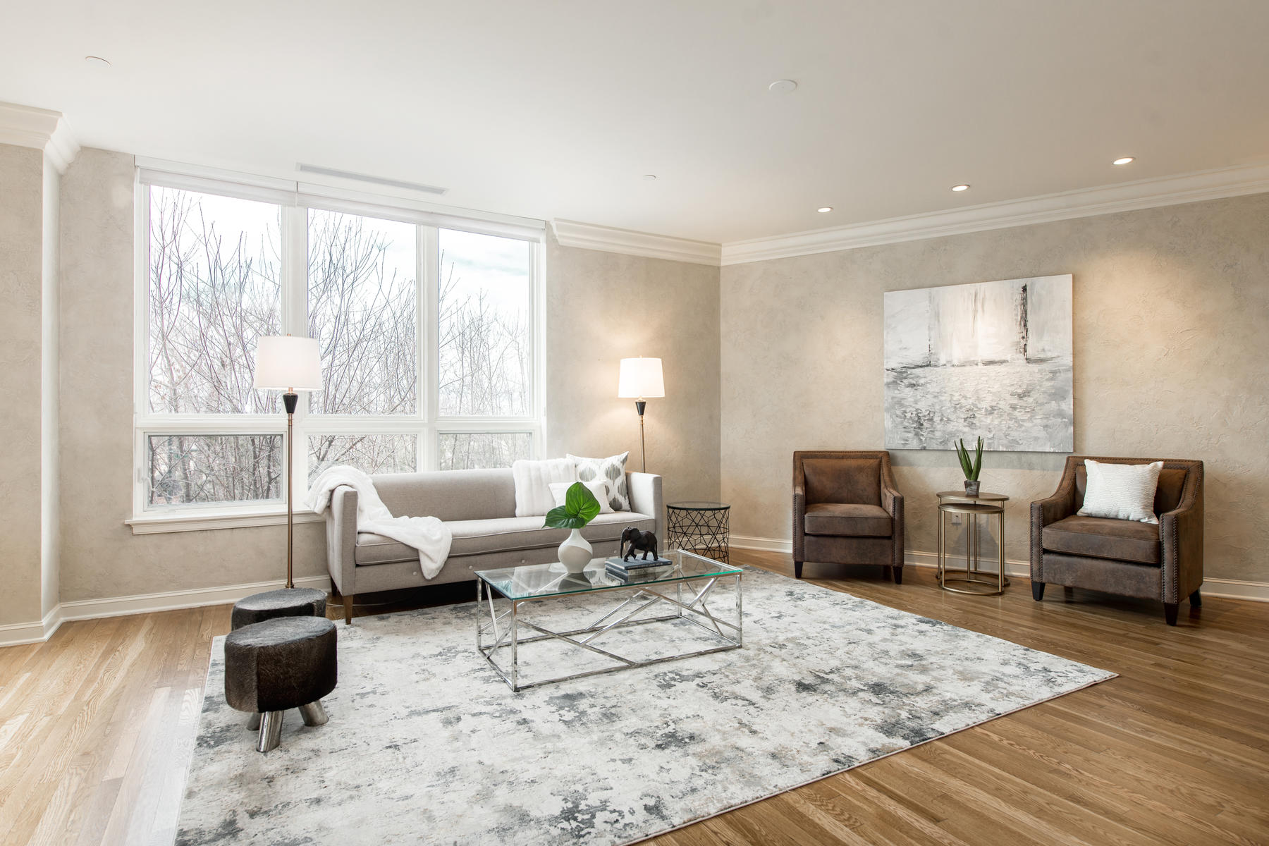 2400 Cherry Creek S Drive 308-011-79-Living Room-MLS_Size.jpg