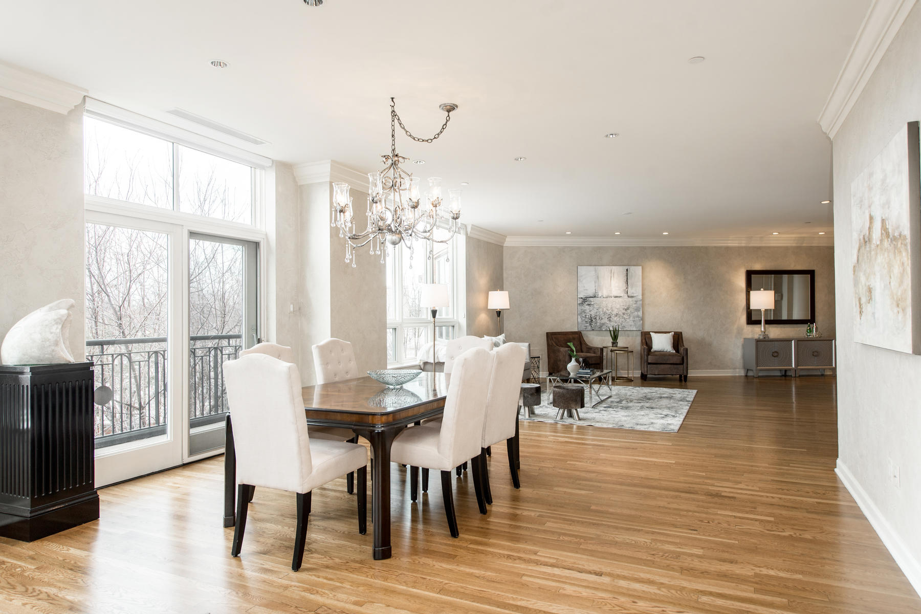 2400 Cherry Creek S Drive 308-015-83-Dining Room-MLS_Size.jpg