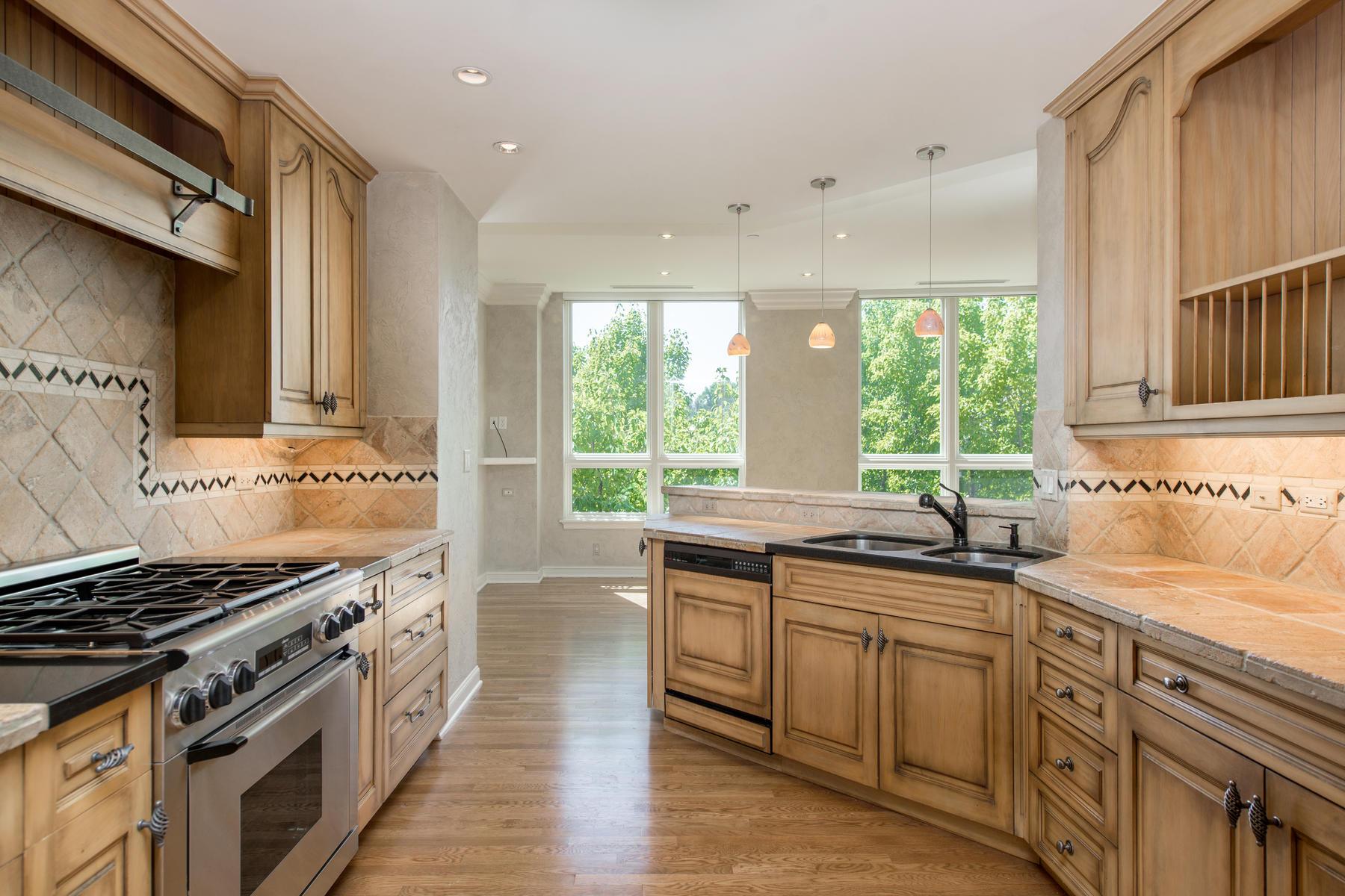 2400 Cherry Creek S Drive 308-025-63-Kitchen-MLS_Size.jpg