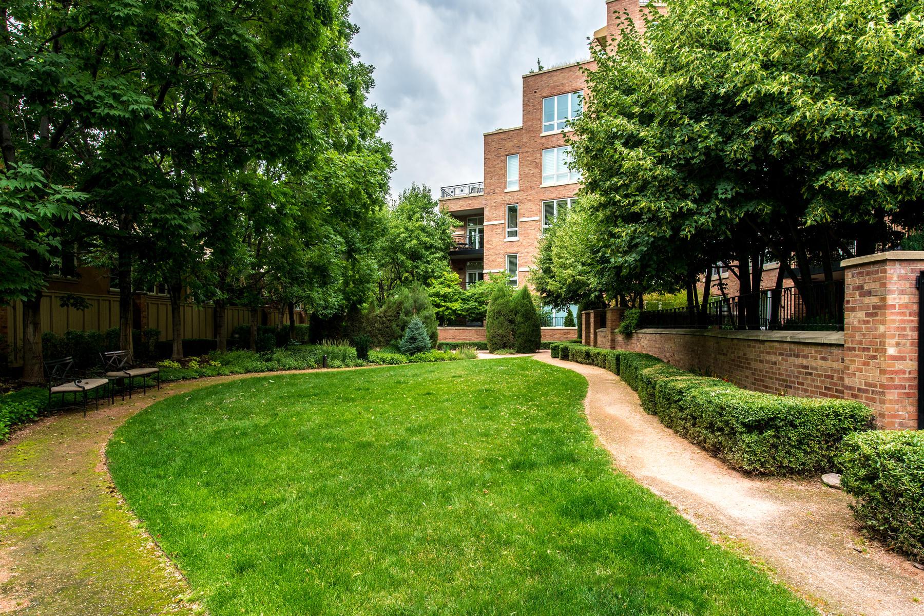 2400 Cherry Creek S Drive 308-035-31-Courtyard-MLS_Size.jpg