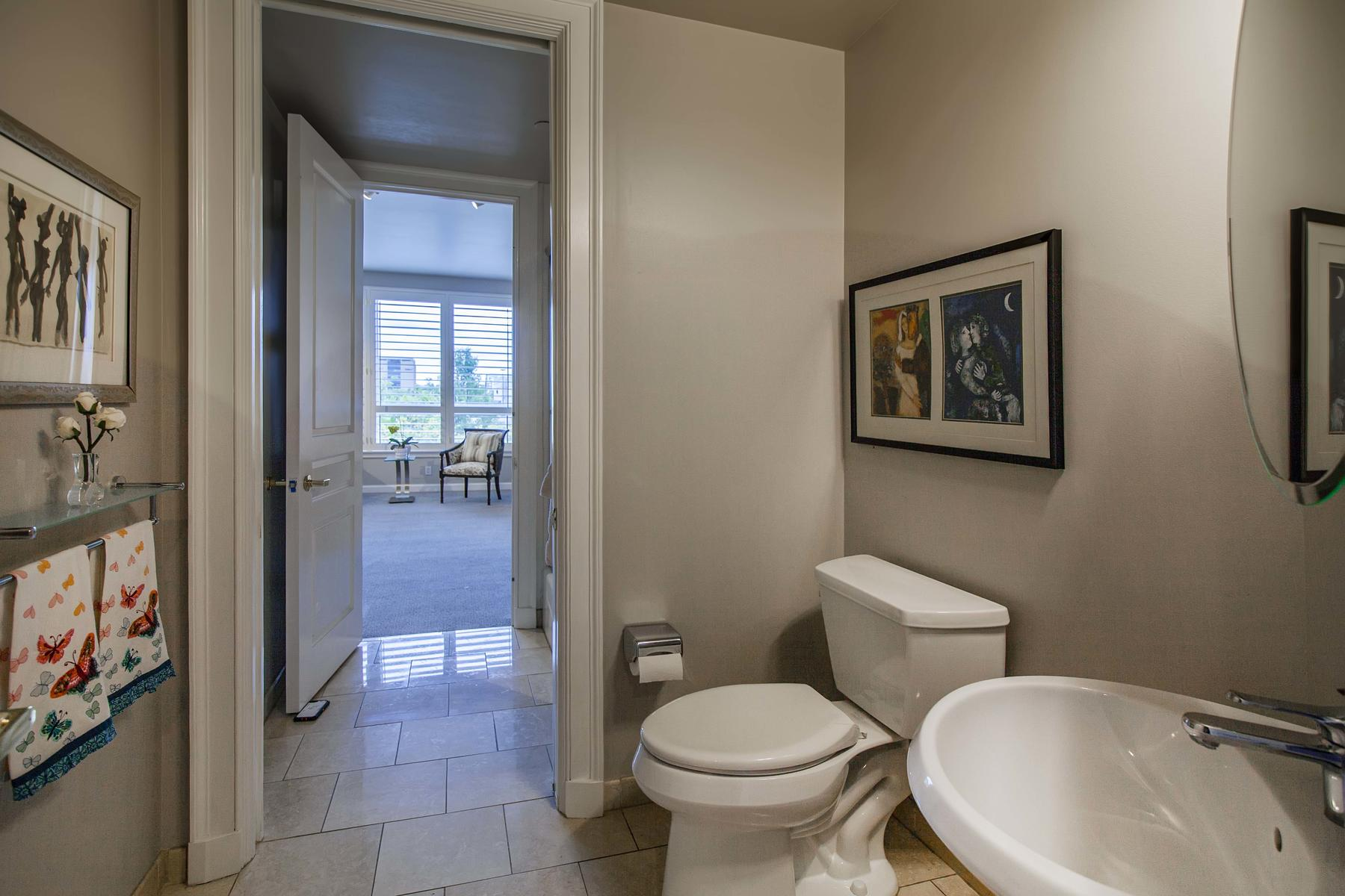 2400 Cherry Creek S Drive 209-037-015-Bathroom-MLS_Size.jpg