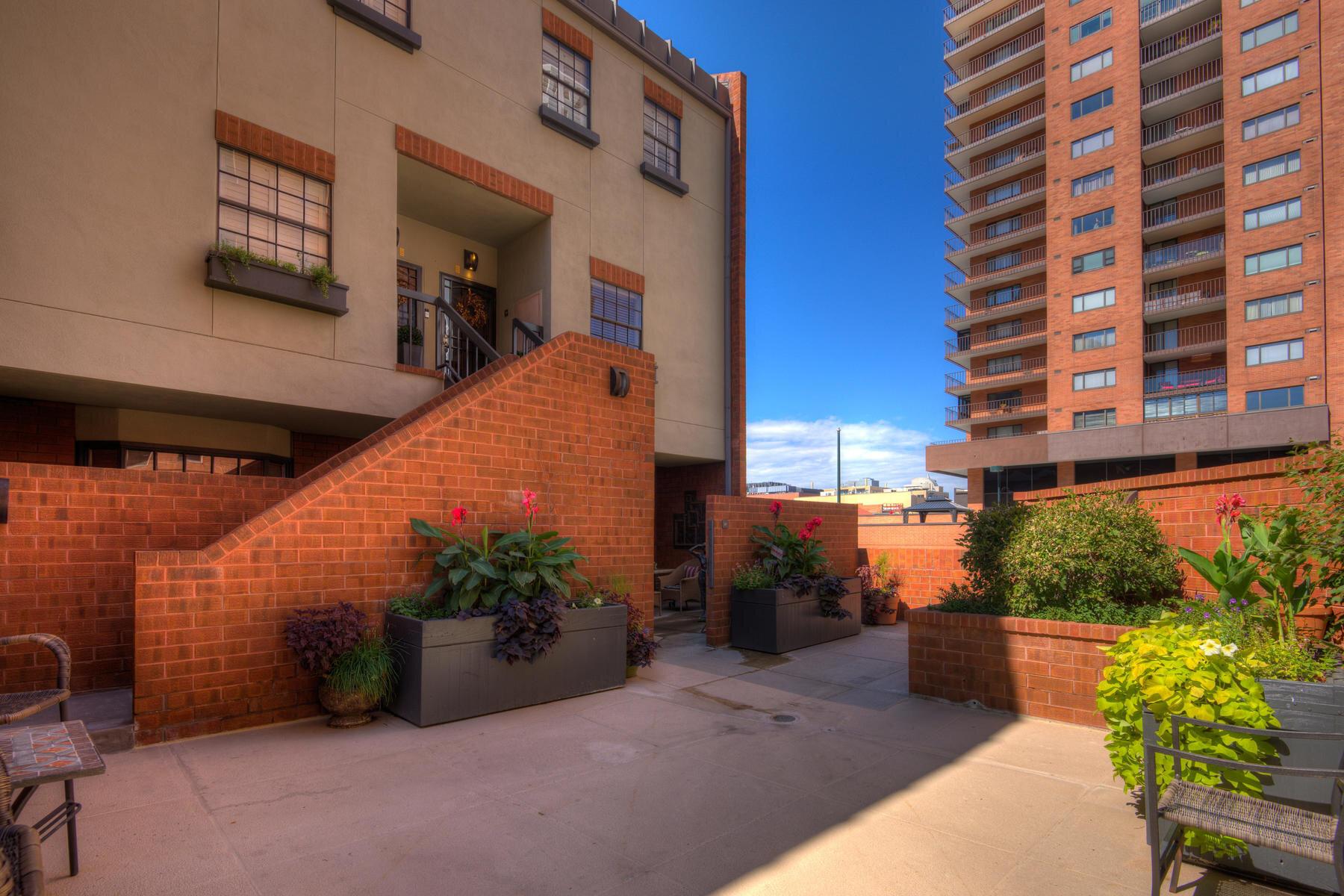 1512 Larimer Street-003-001-Exterior-MLS_Size.jpg