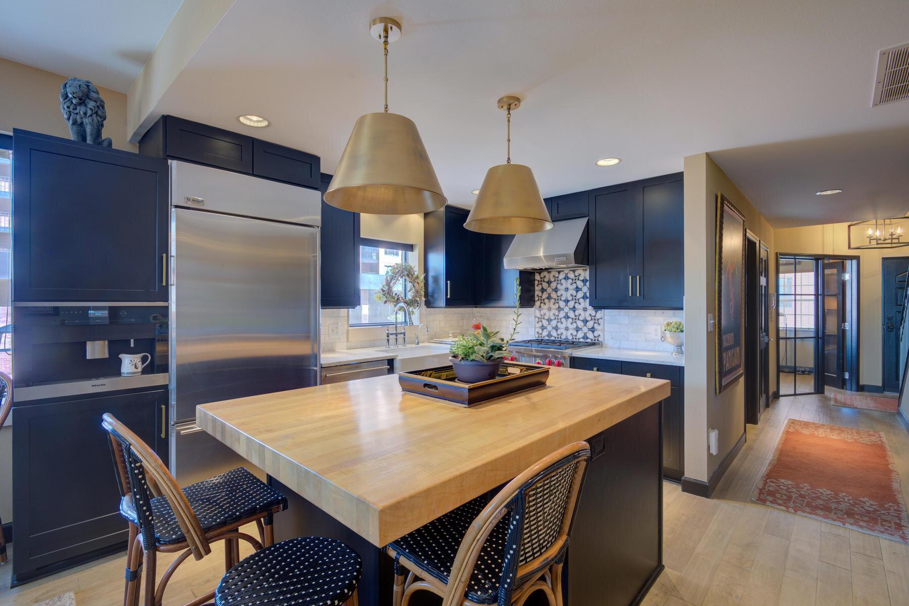1512 Larimer Street-004-014-Kitchen-MLS_Size.jpg