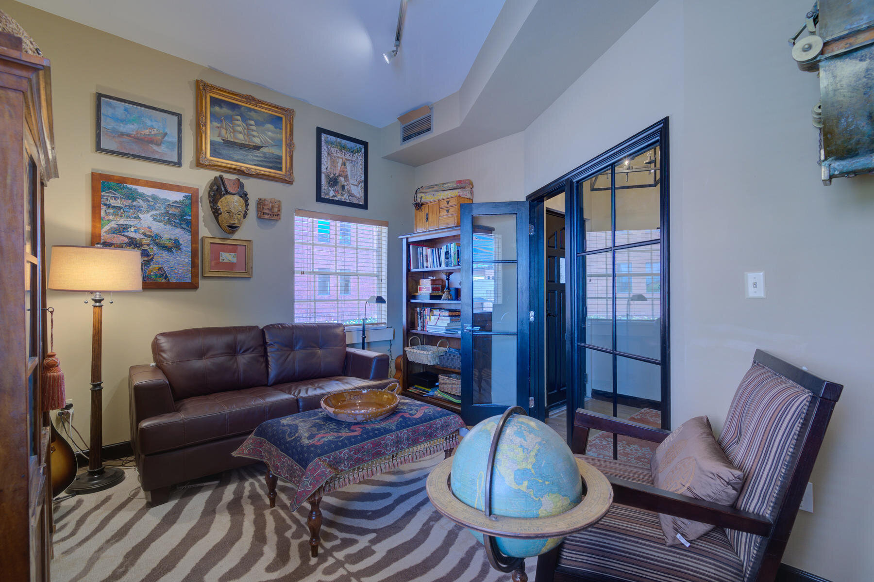 1512 Larimer Street-019-006-Study-MLS_Size.jpg