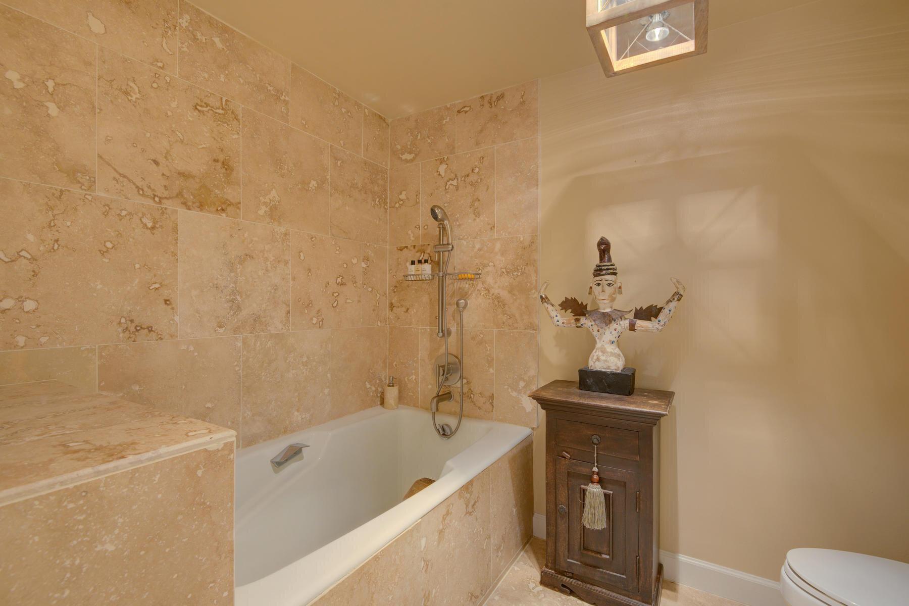 1512 Larimer Street-026-029-Bathroom-MLS_Size.jpg