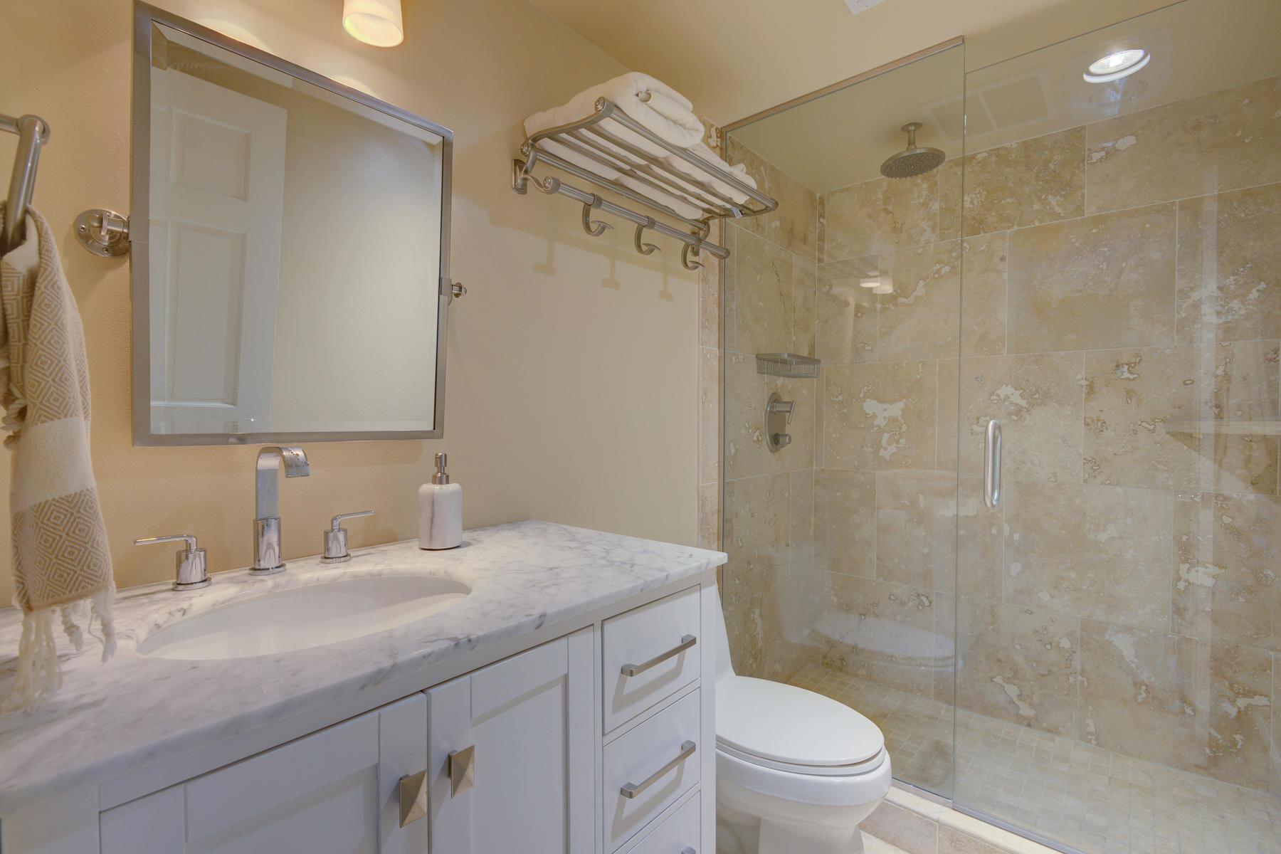 1512 Larimer Street-031-021-Bathroom-MLS_Size.jpg