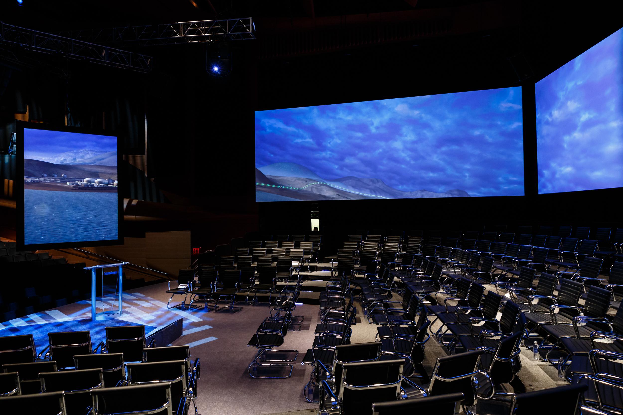 2 pix - side audience view.jpg