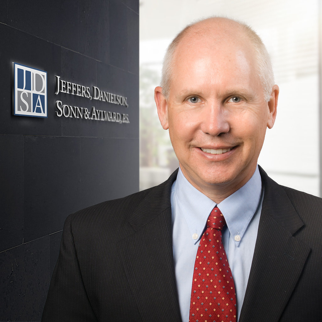 Robert R. Siderius, Jr.     Agriculture   Employment & Labor   Litigation   Municipal   Real Estate