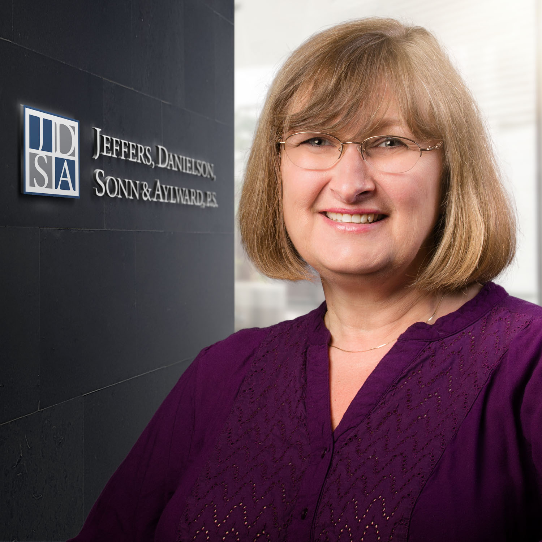 Joyce Wilson   Finance / Bookkeeper