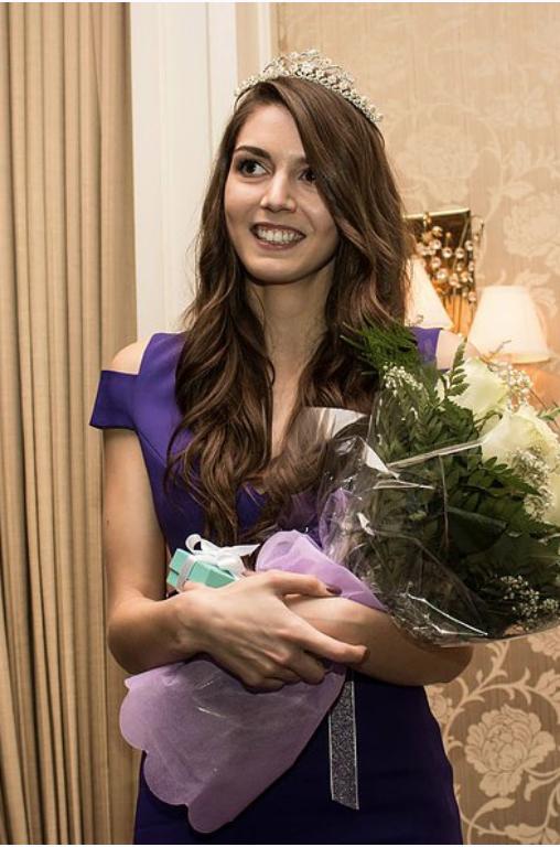 Denea Bascombe  2015 - 2016, Delta Gamma