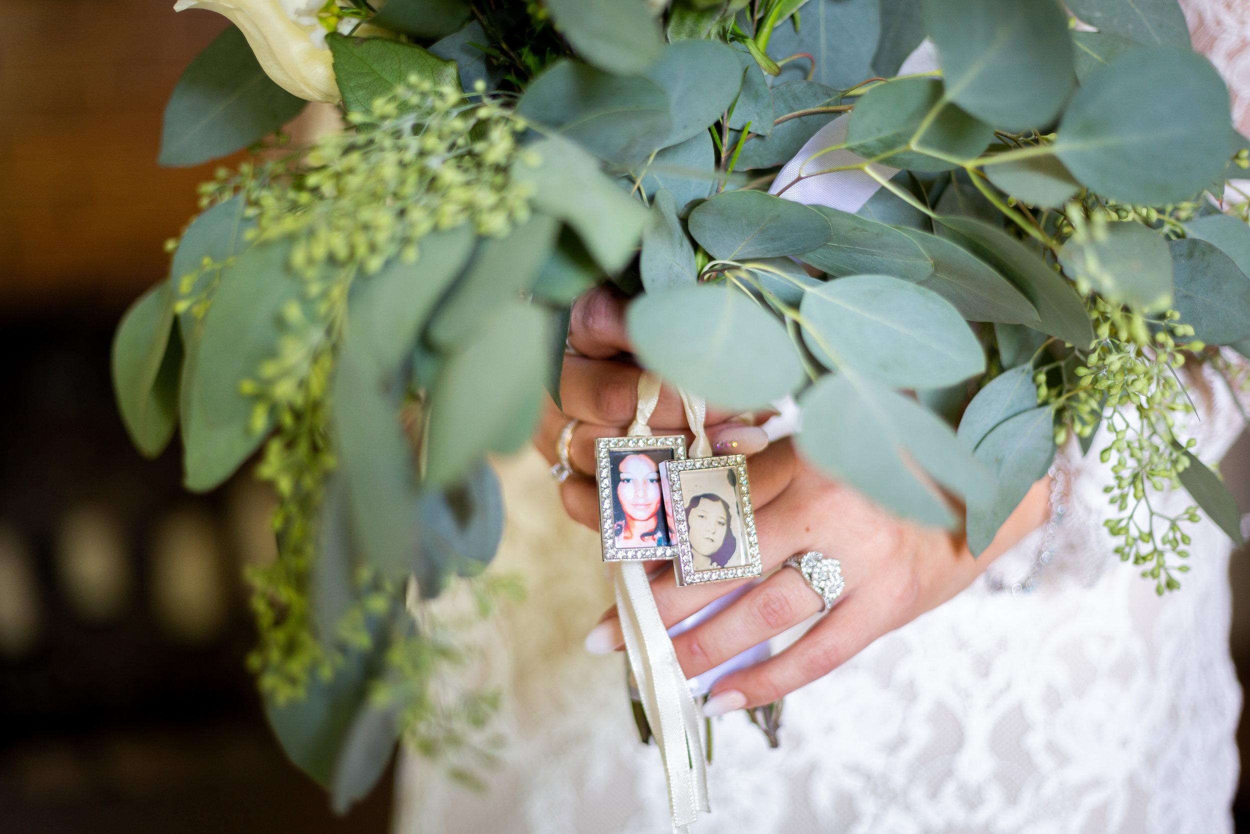 Chase-Annalise-Bontanic Gardens-Chatfield-Denver-Wedding-31.JPG