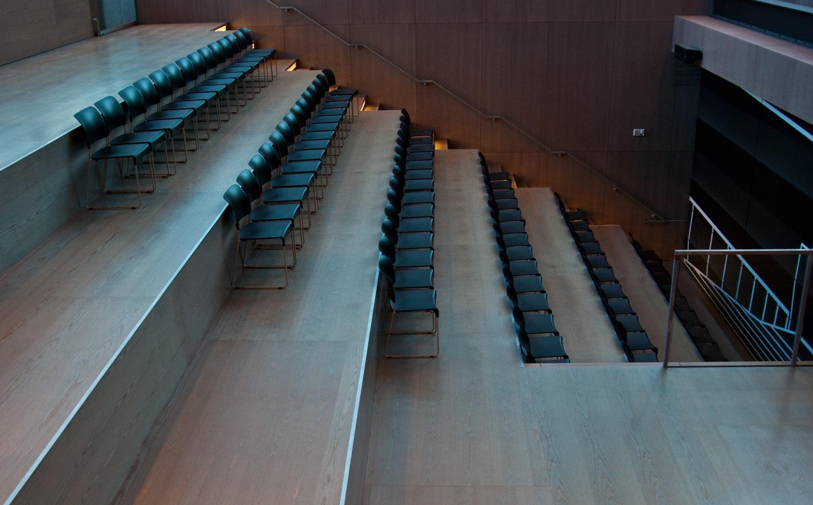chair steps
