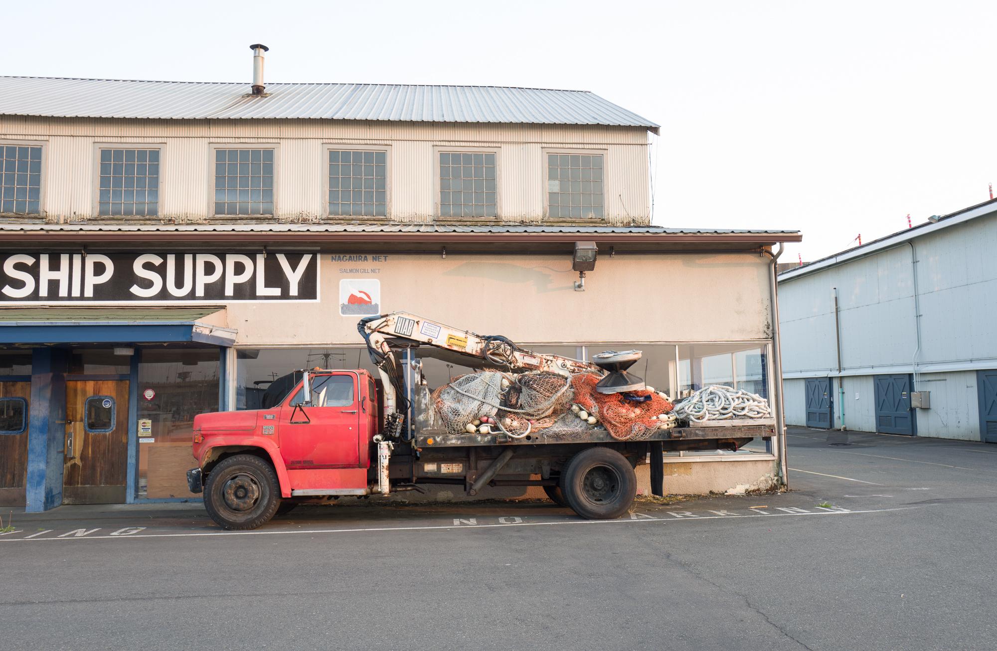 red truck, Magnolia
