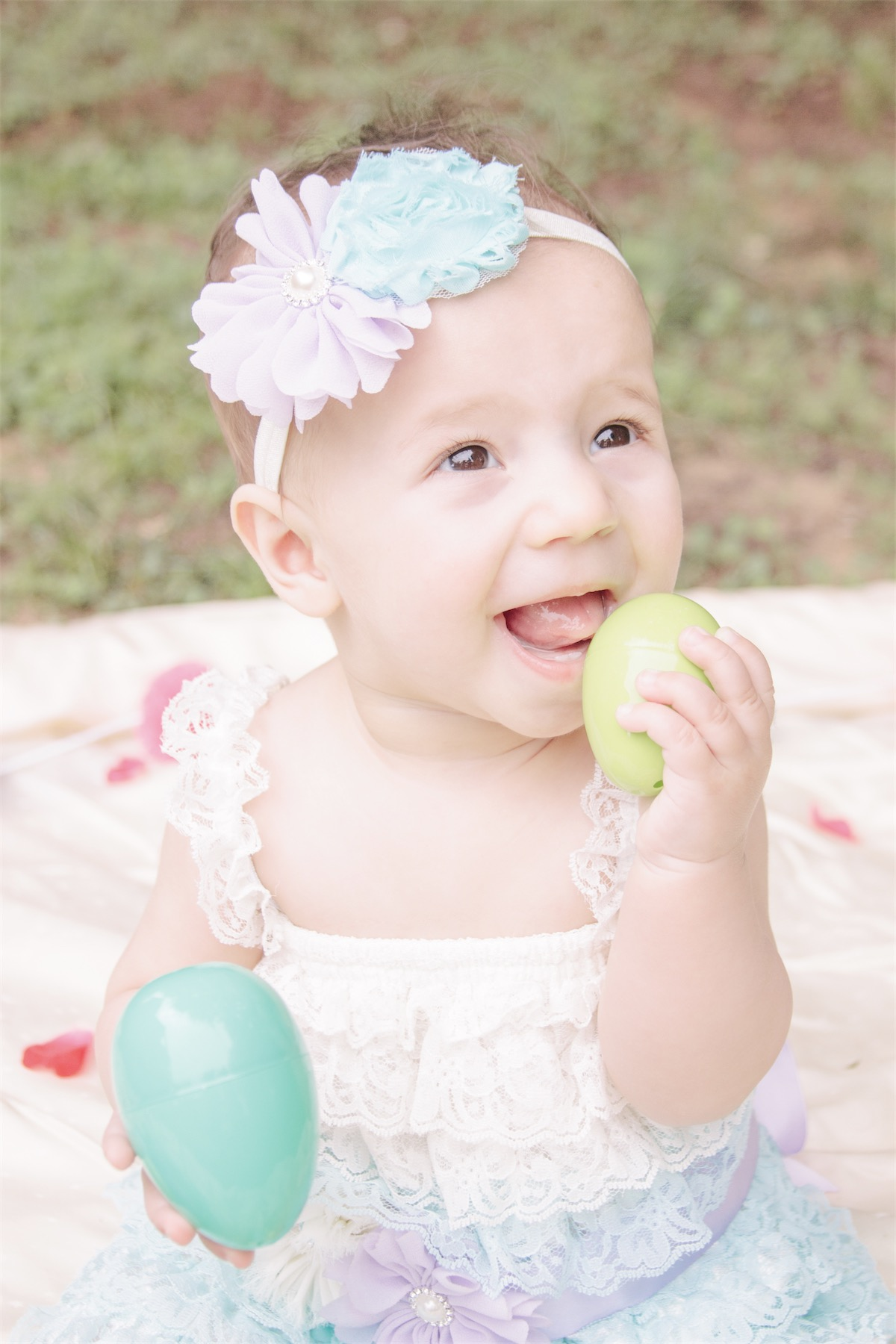 Alayna's 8 Month Photo Session - Easter Theme