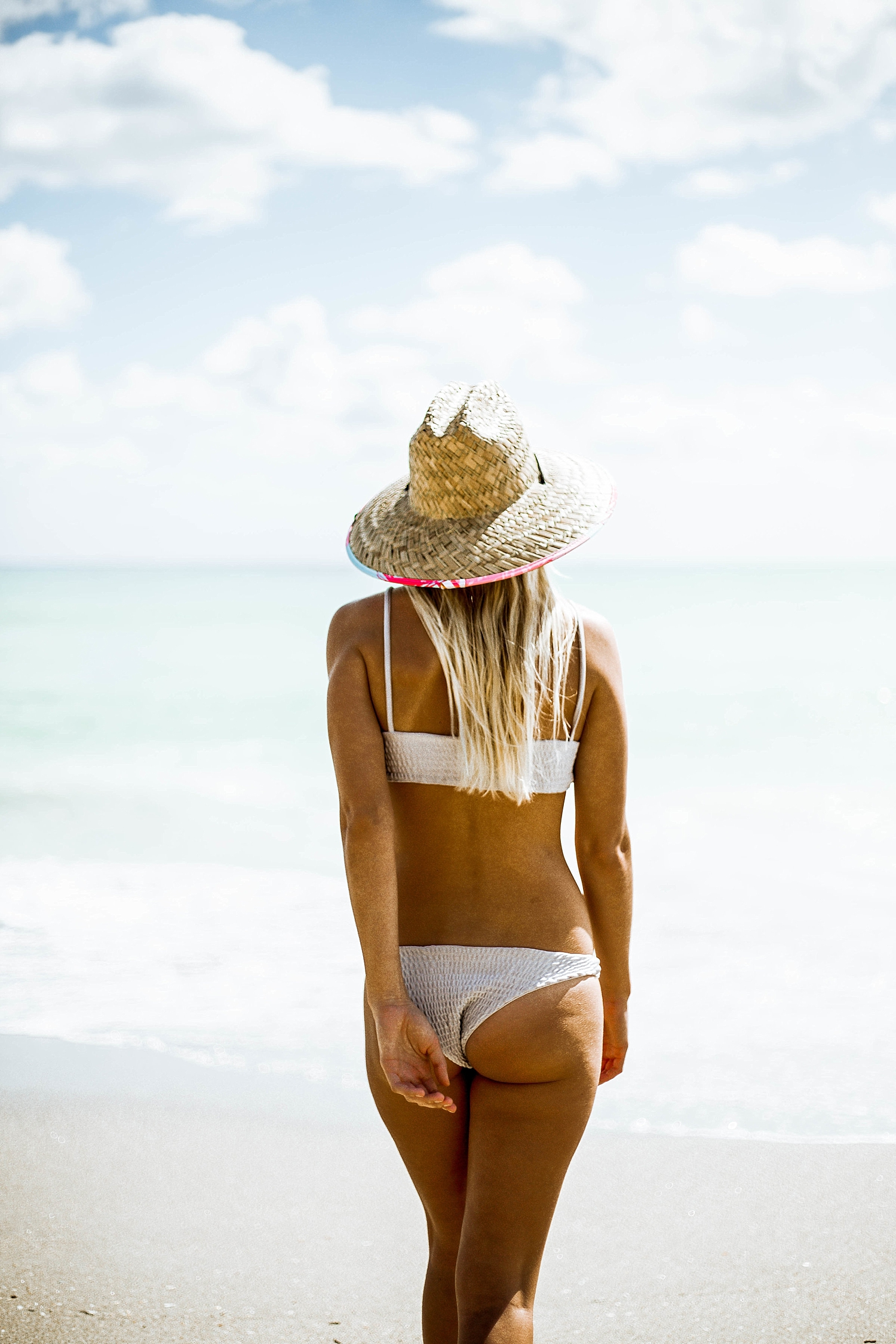 Beachy and Fun Product Photography in Hollywood Beach Florida by Kelee Bovelle_0011.jpg