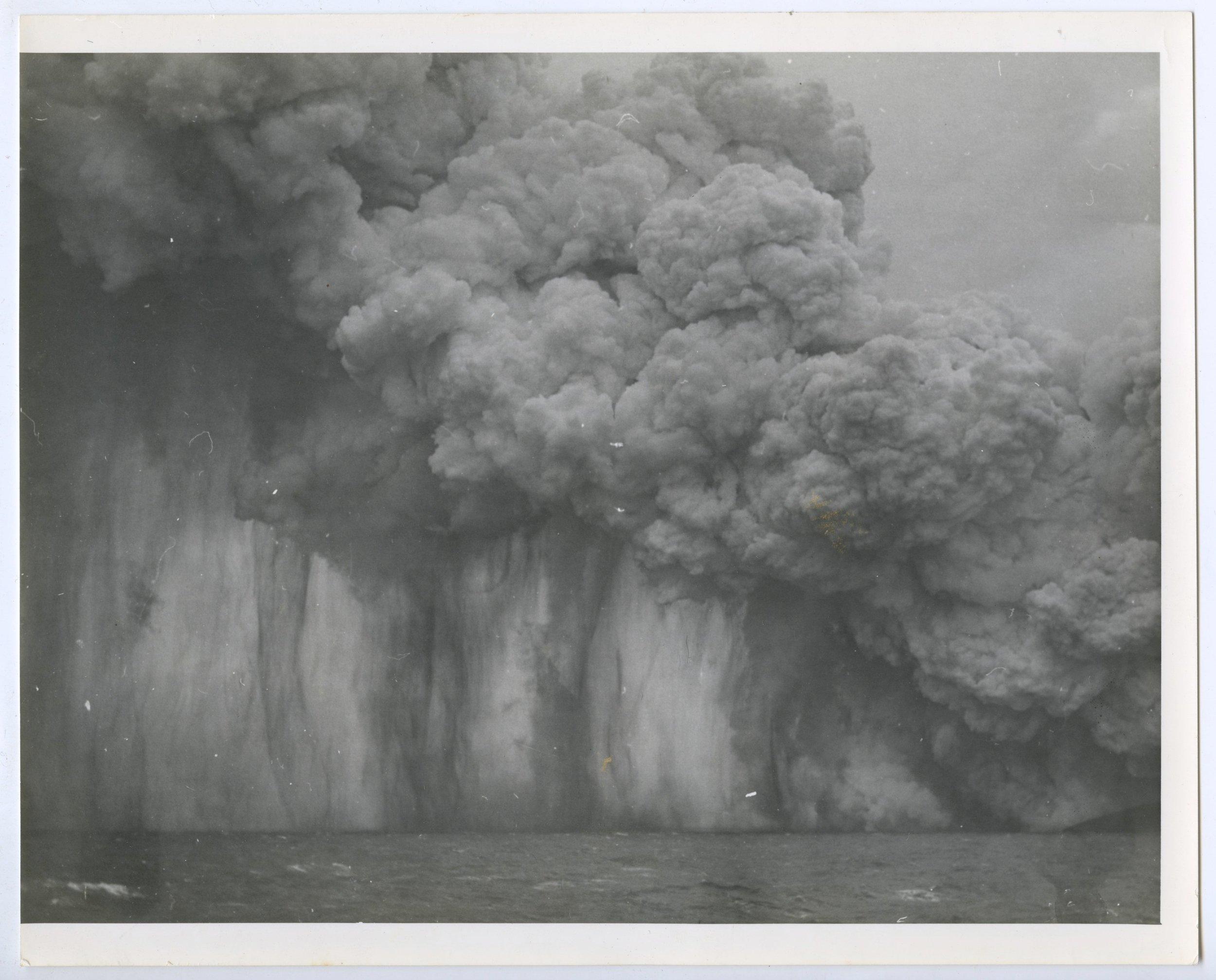 stursay eruption photog swimming chp 8 subaqueous  7.jpeg