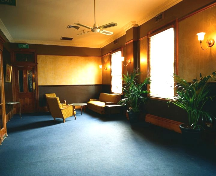 10900-upstairs-lounge-room (1).jpg