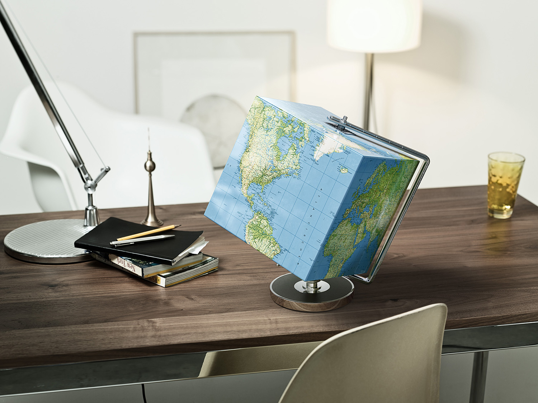 Lead: Linus Schneider /Customer: Camel /Agency: AYR / Photography: Felix Streuli