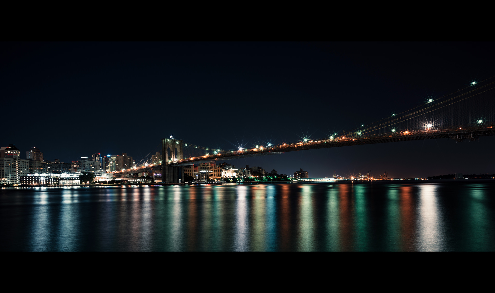 (Sony ILCE-7RM2 + Zeiss Loxia 21mm f/2.8) ISO 100 - Did a 30 second long exposure for this one, looking at Brooklyn from the South Street Seaport