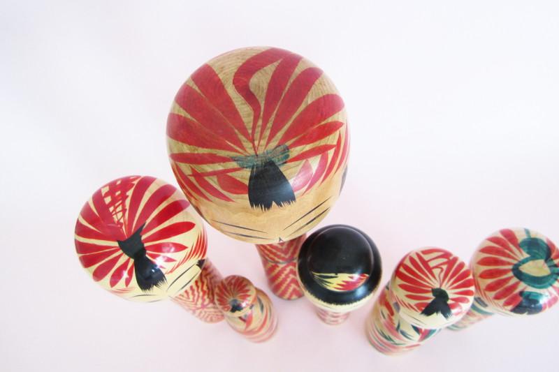 Tegara patterns on top of Togatta heads.