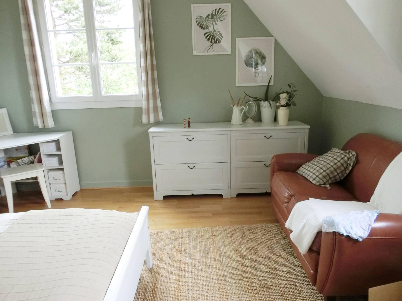 La maison d'Anna, près de Clermont-Ferrand, a constitué un décor parfait, riche en textures.
