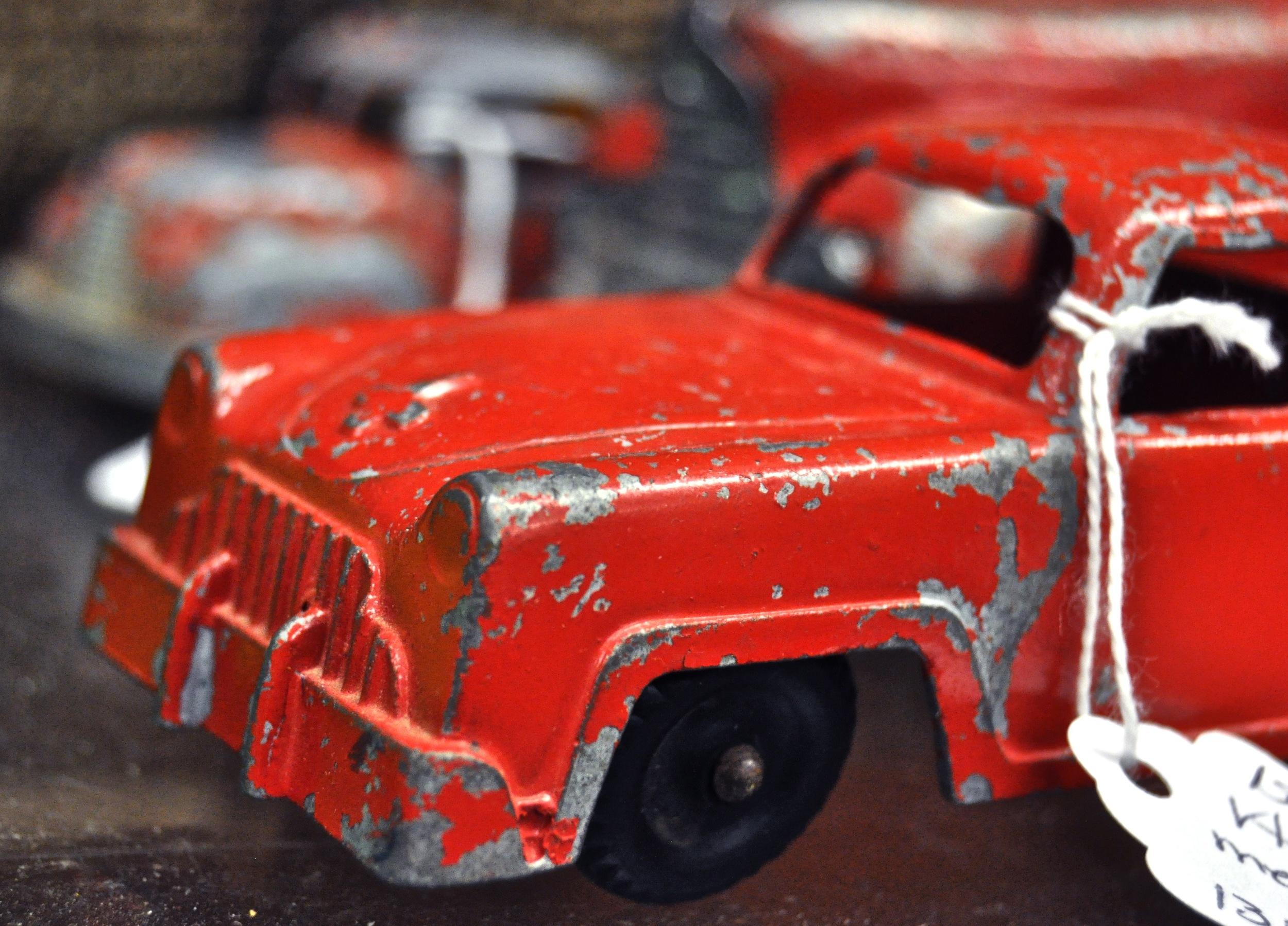 TIN CAR.jpg