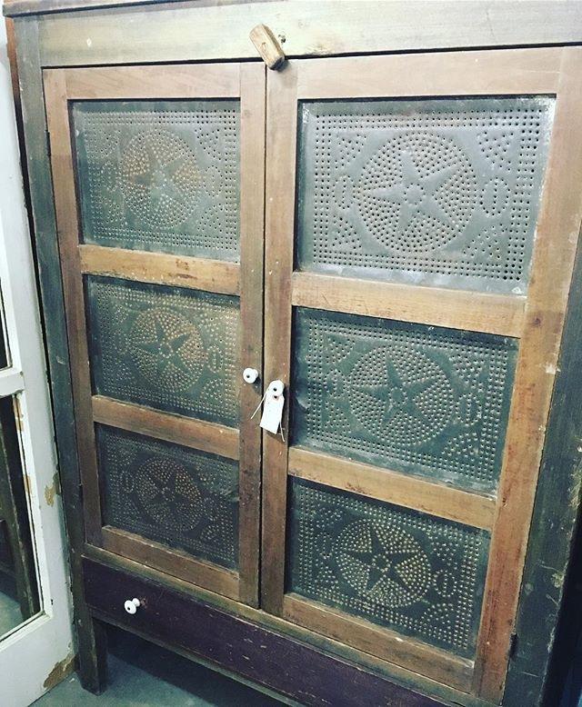 PIe cabinet