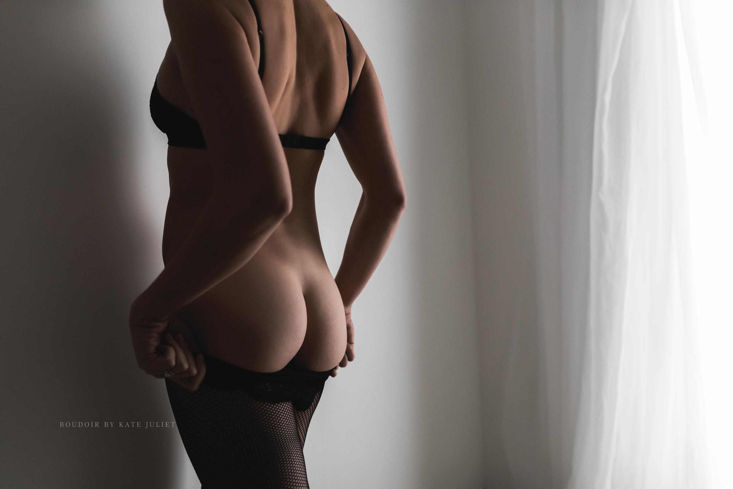 boudoir_by_kate_juliet_web-1-12.jpg