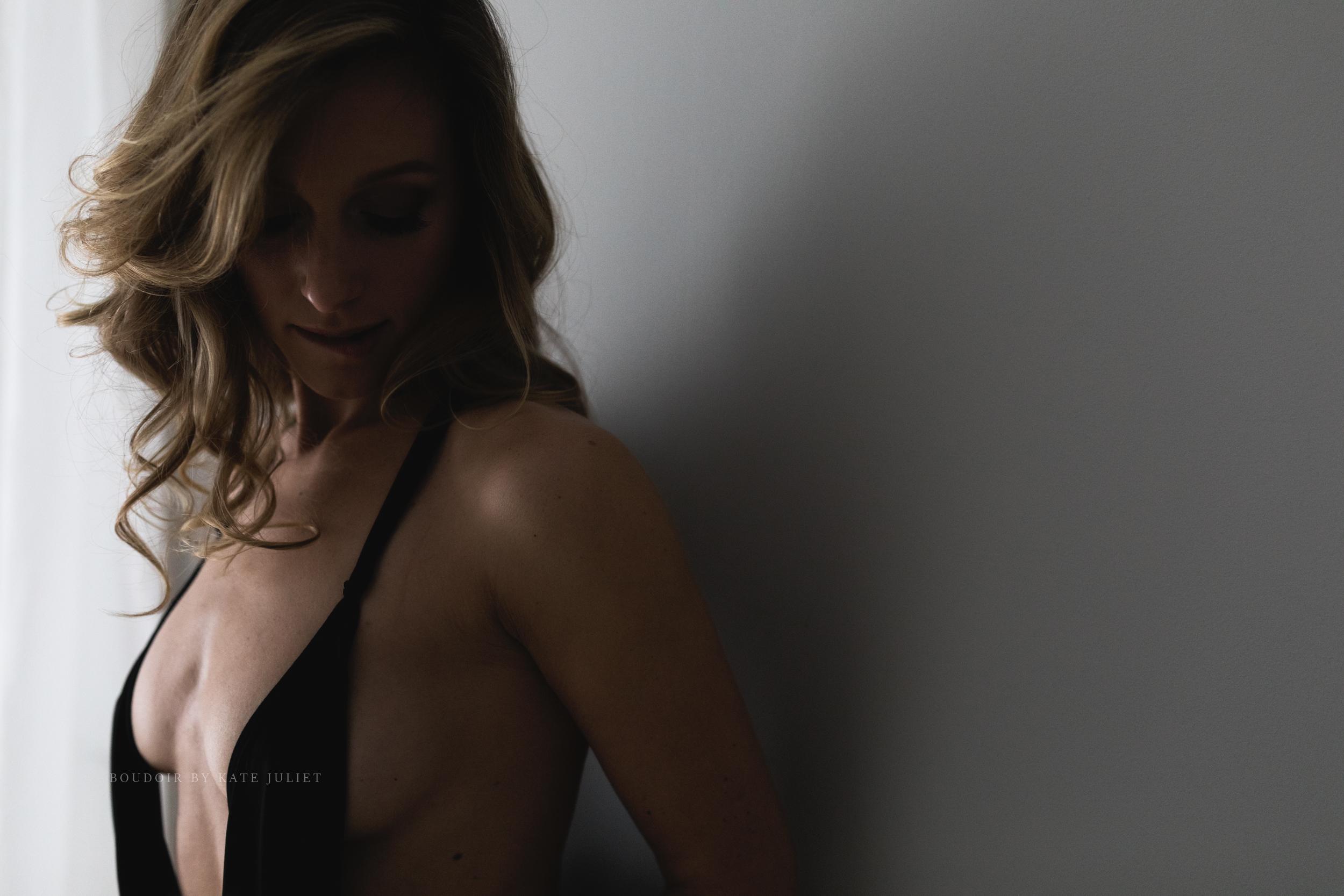 boudoir_by_kate_juliet_web-1-17.jpg