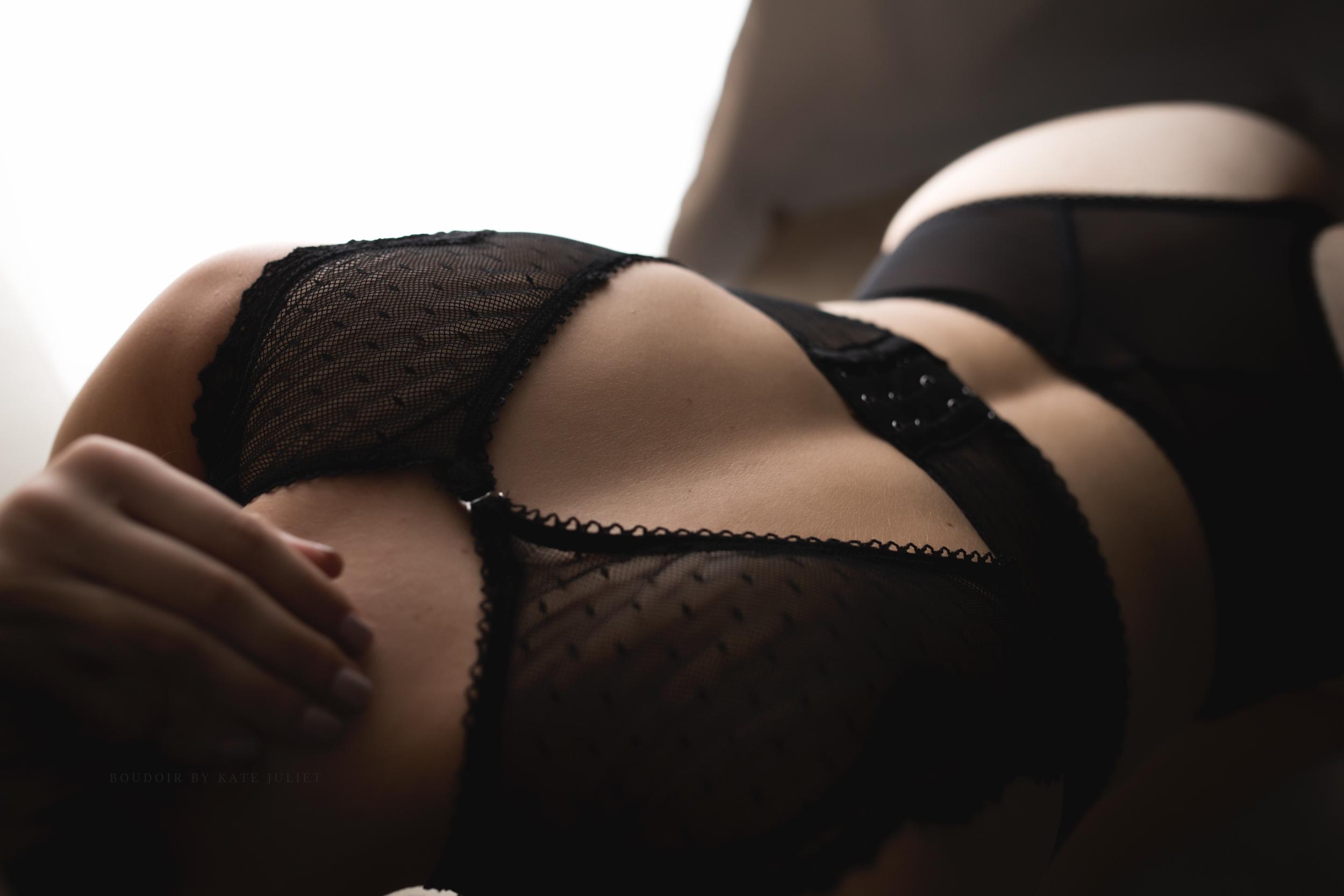 kate juliet photography - boudoir - web-103.jpg