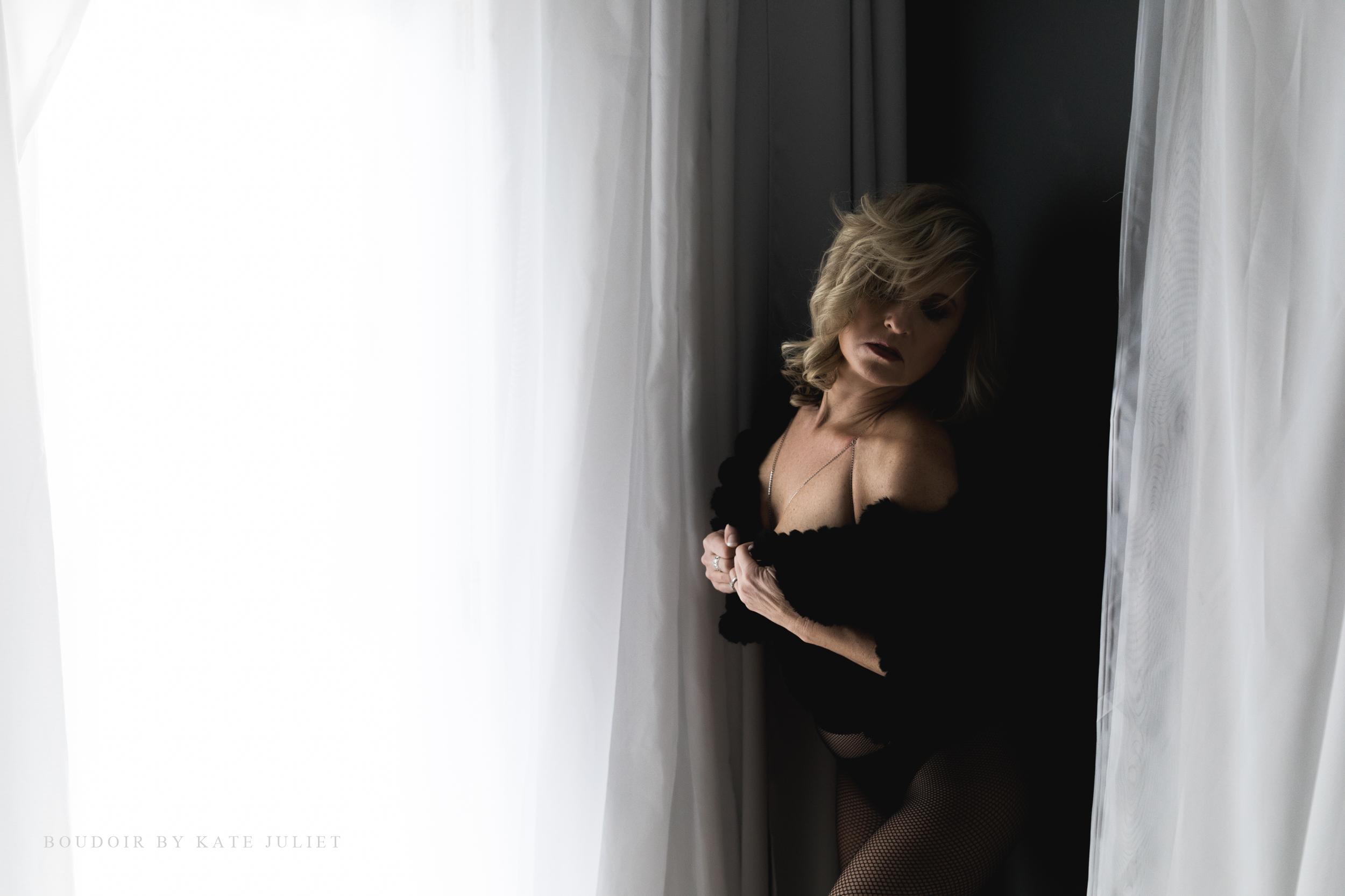 kate juliet photography - boudoir - web-131.jpg