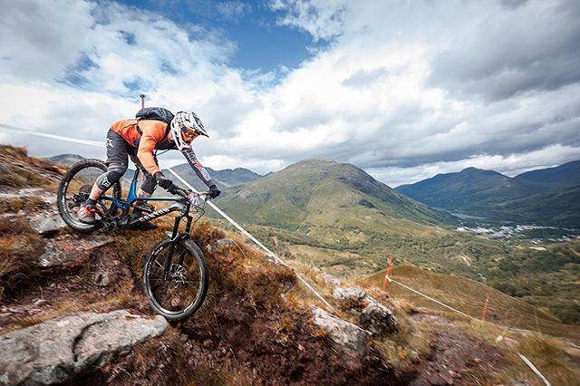 Kinlochleven looking stunning this morning @nofussevents @britishnationalenduroseries @hijinksphotographyuk #enduromtb #photography