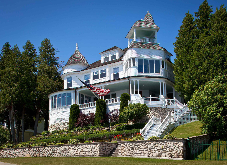 Victorian-Residence New Web.jpg