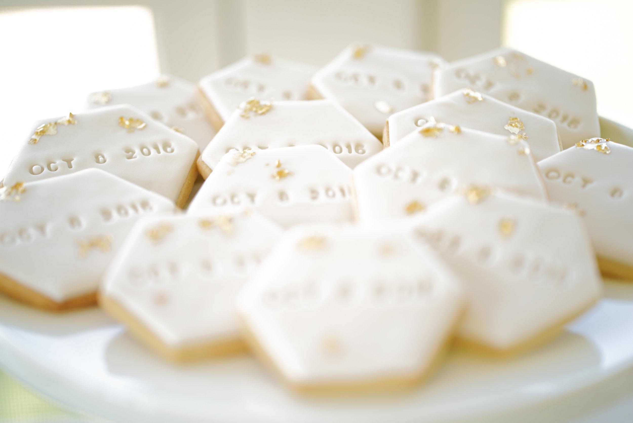 Hemsley 10.2.16 Minikhada Wedding date Cookie (1 of 1).jpg