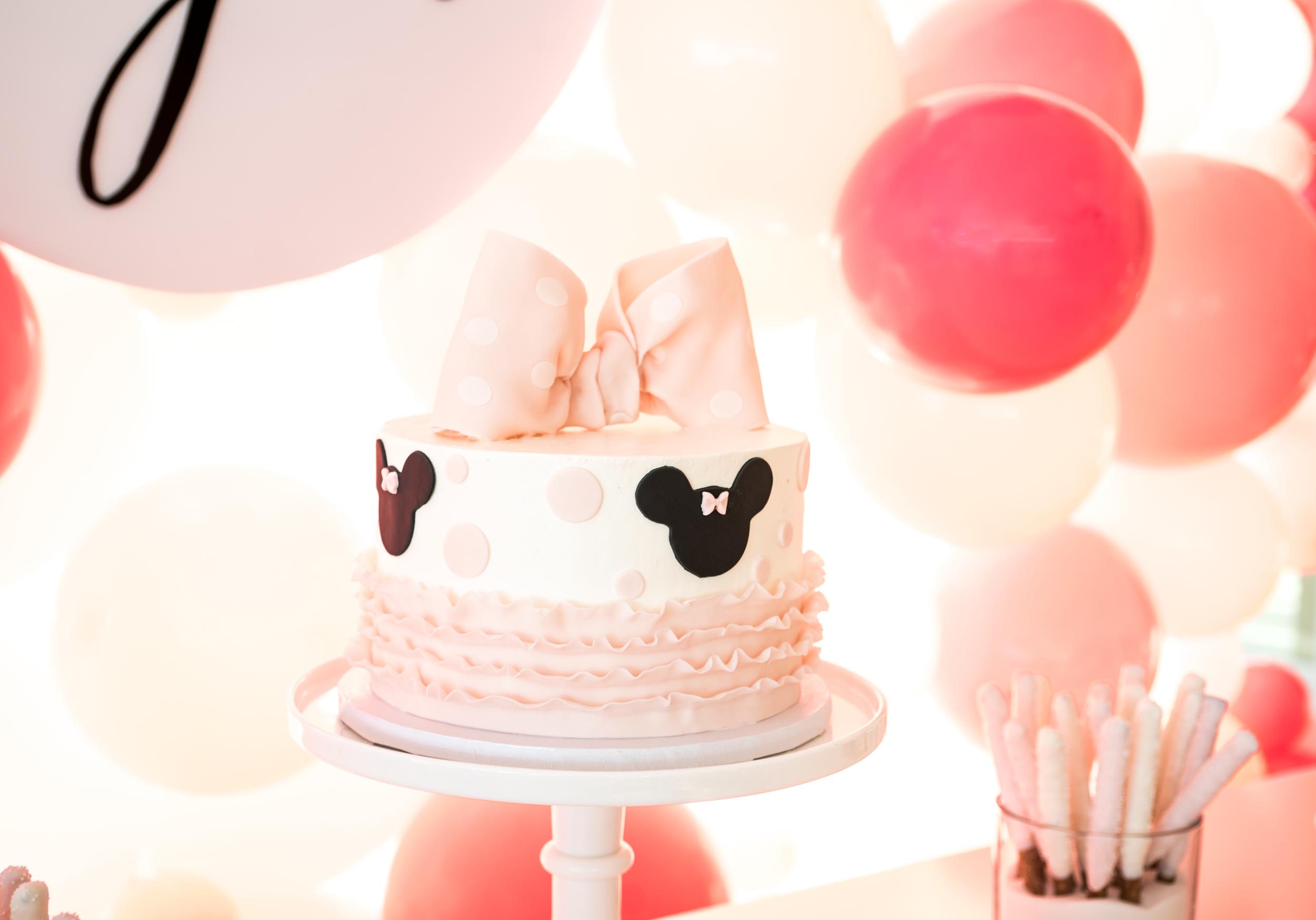 Minnie 3rd birthday cake.jpg