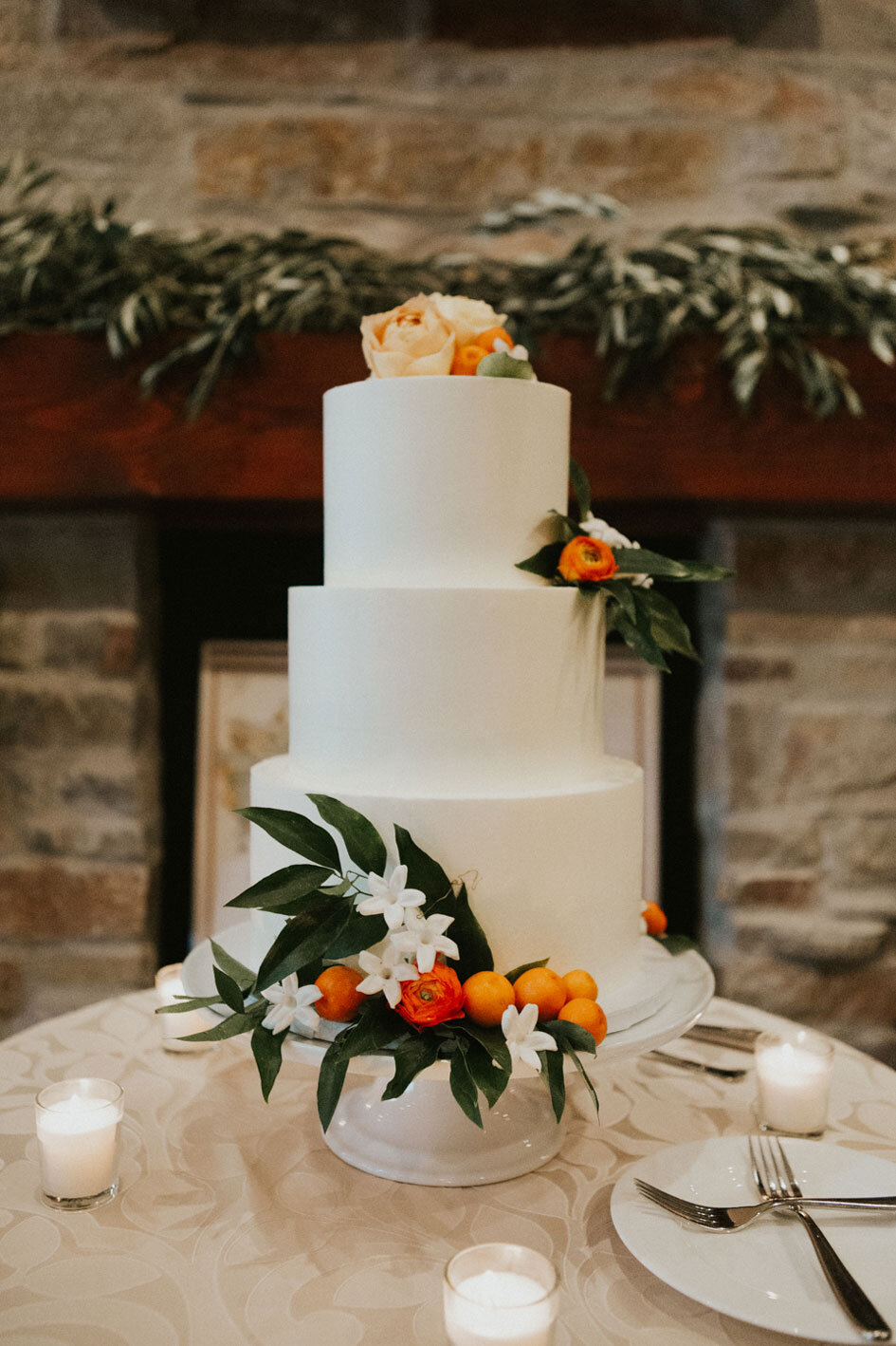 Featured By  Minnesota Bride
