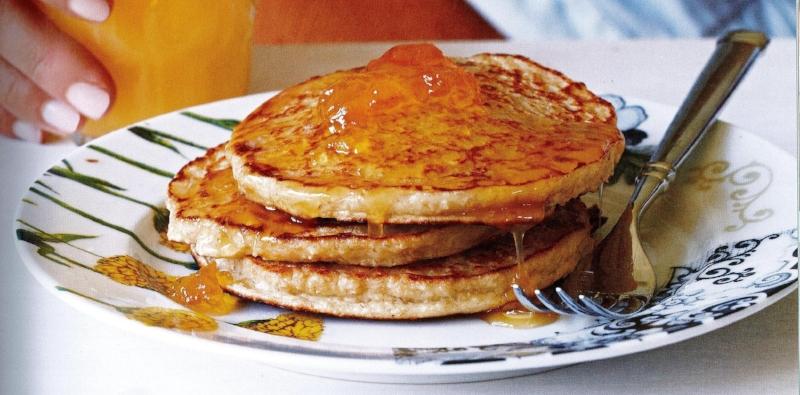katie-lee-blender-pancakes.jpg