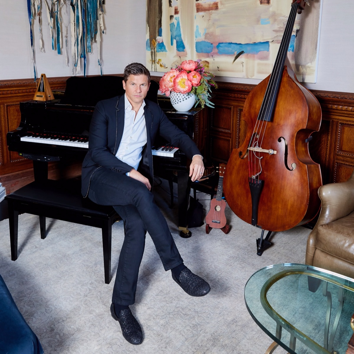 DAVID  BURTKA    Featured 4.15-4.21.19 Actor, Singer, Chef,  + Professional Partier