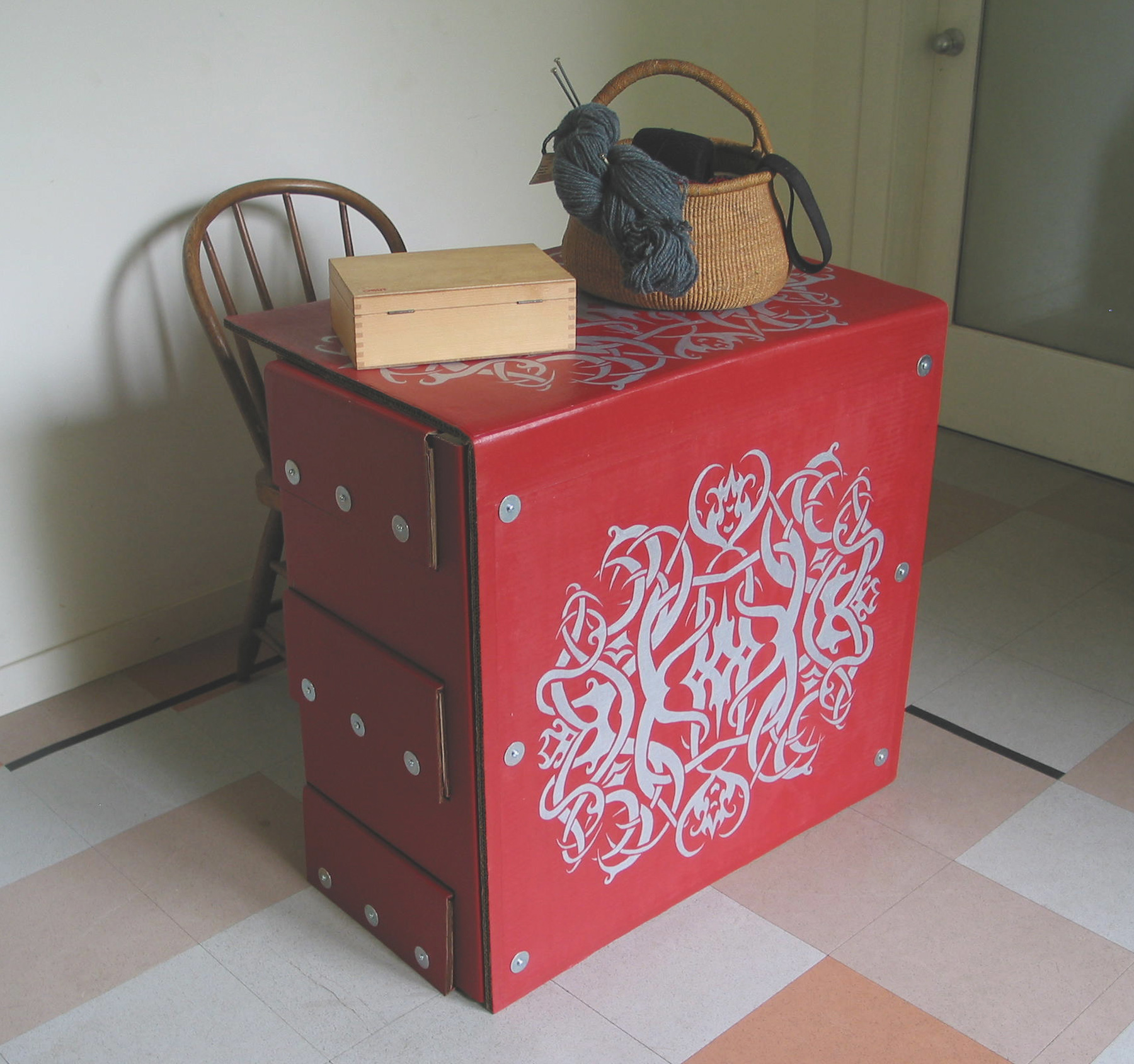 Red desk lg.jpg