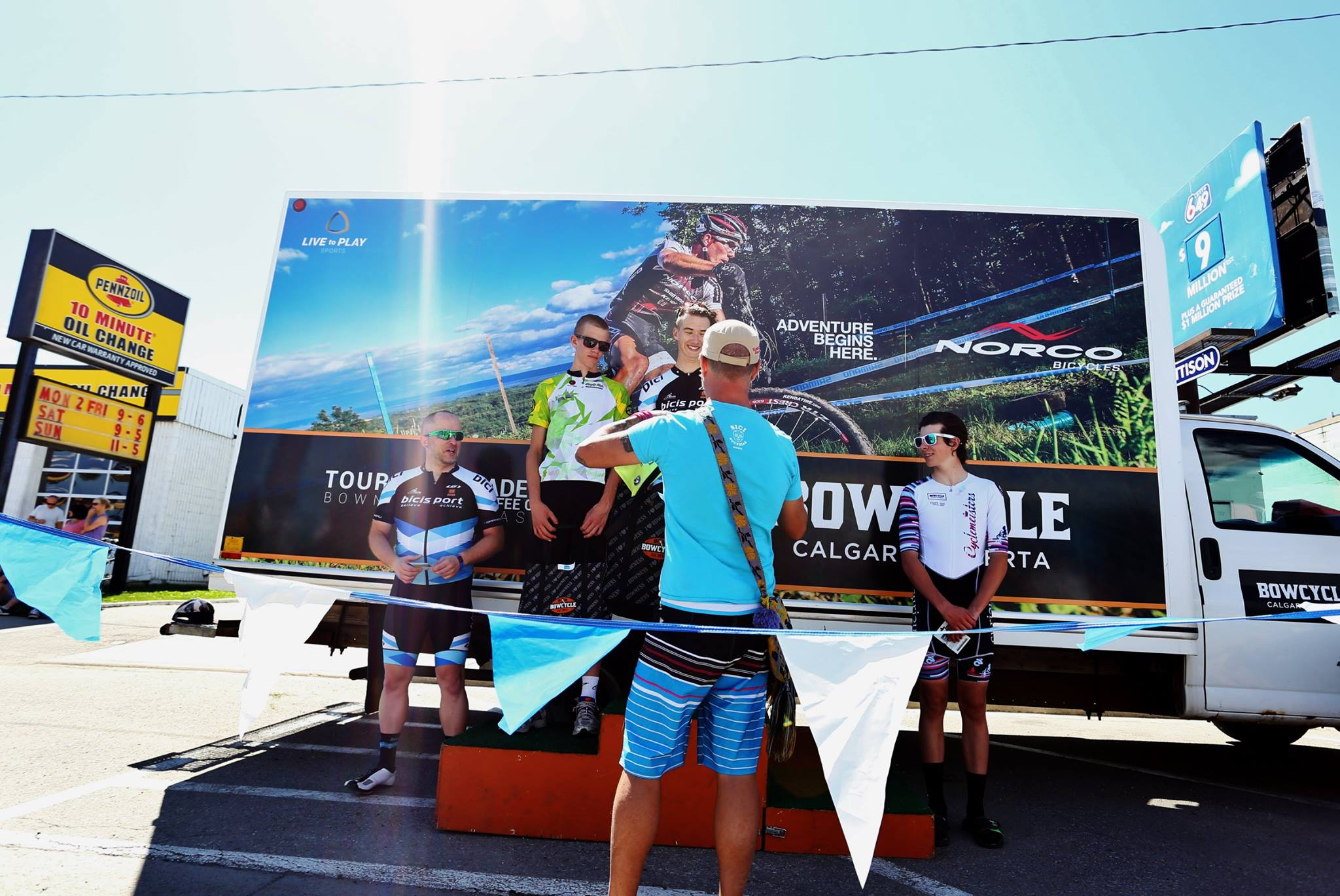 CAT 3 CRIT PODIUM - Tour de Bowness 2016 - Bici Bucerias Puerto Vallarta Cycling Tours