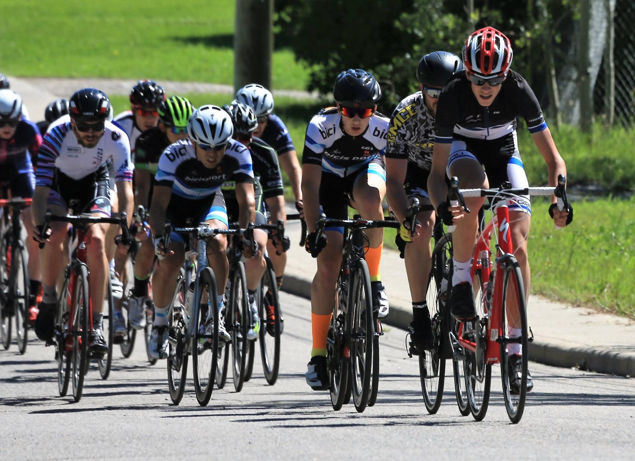 CAT 3 CRIT - Tour de Bowness 2016 - Bici Bucerias Puerto Vallarta Cycling Tours & Bike Rentals