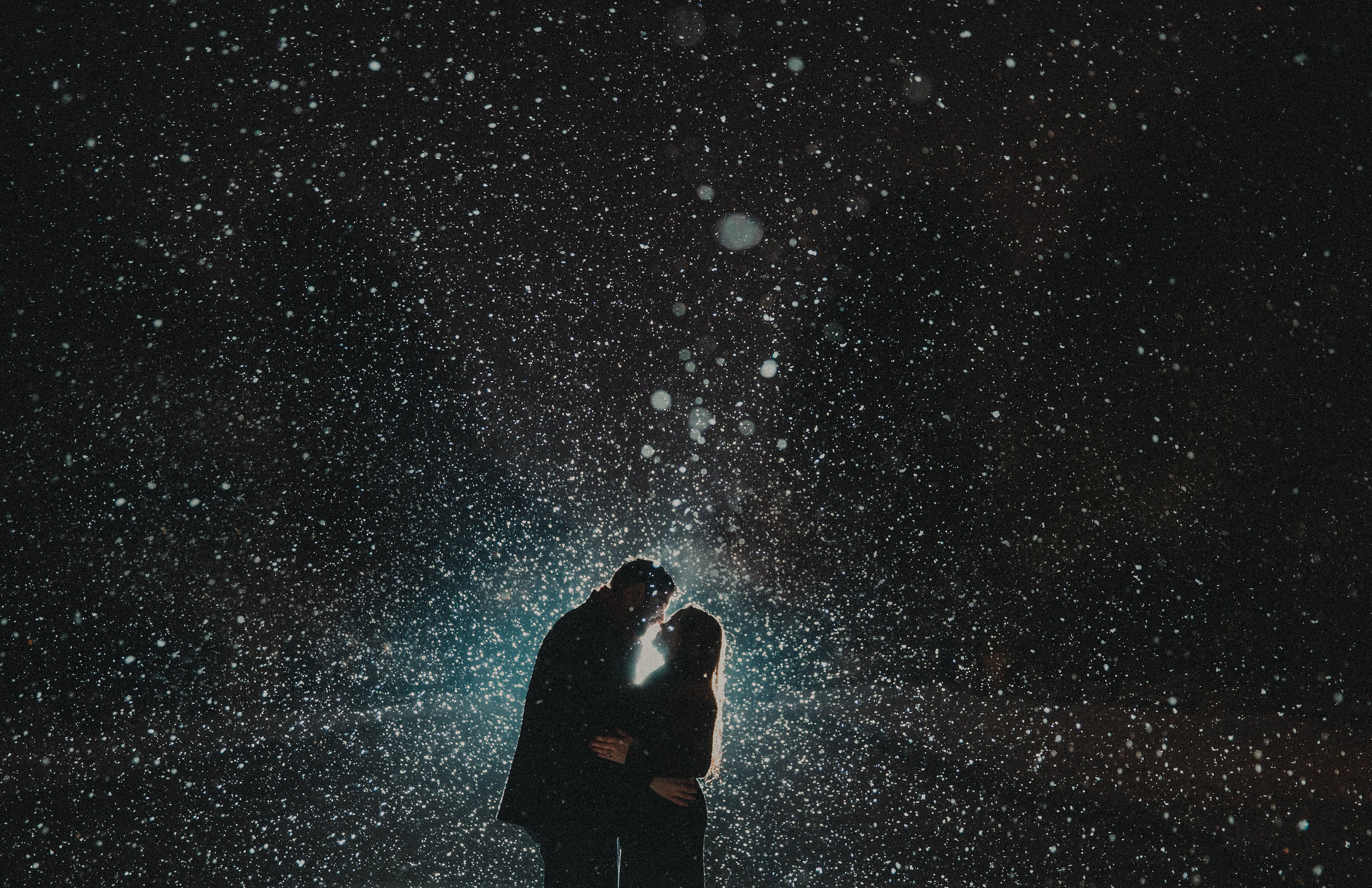 An incredible galaxy look for this Chicago Engagement Session.