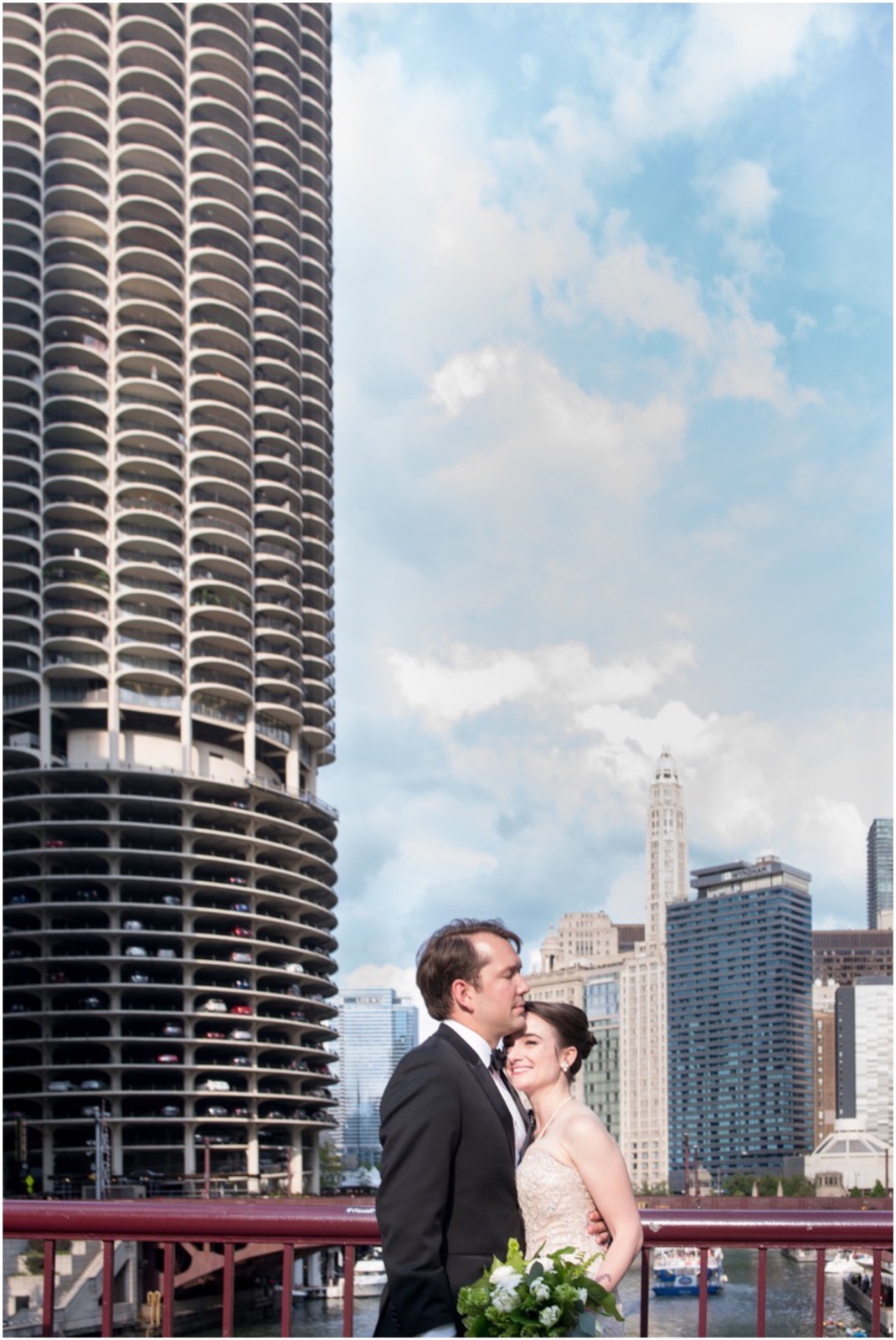 LeCapeWeddings - Langham Chicago Elegant Wedding  -79_LuxuryDestinationPhotographer.jpg