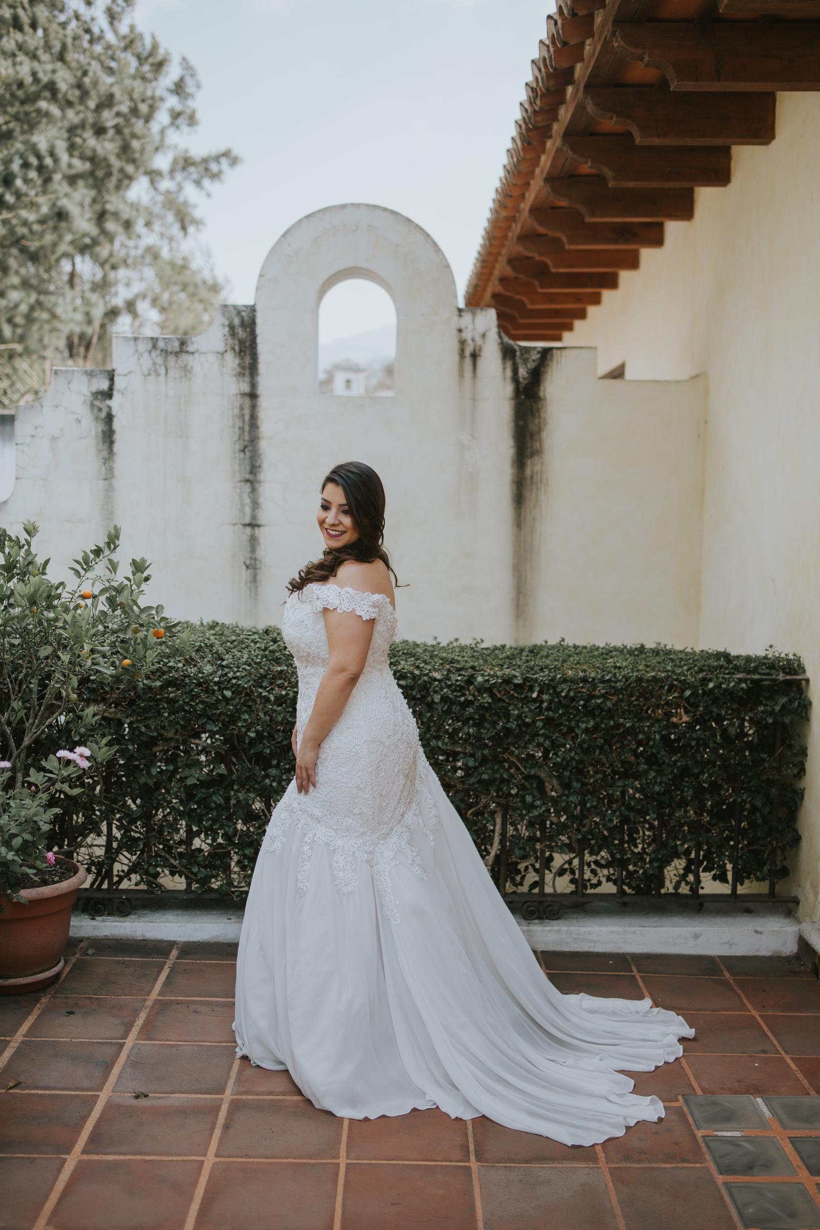 Le Cape Weddings - Creatives in Guatemala - Paulina and JP-8.jpg