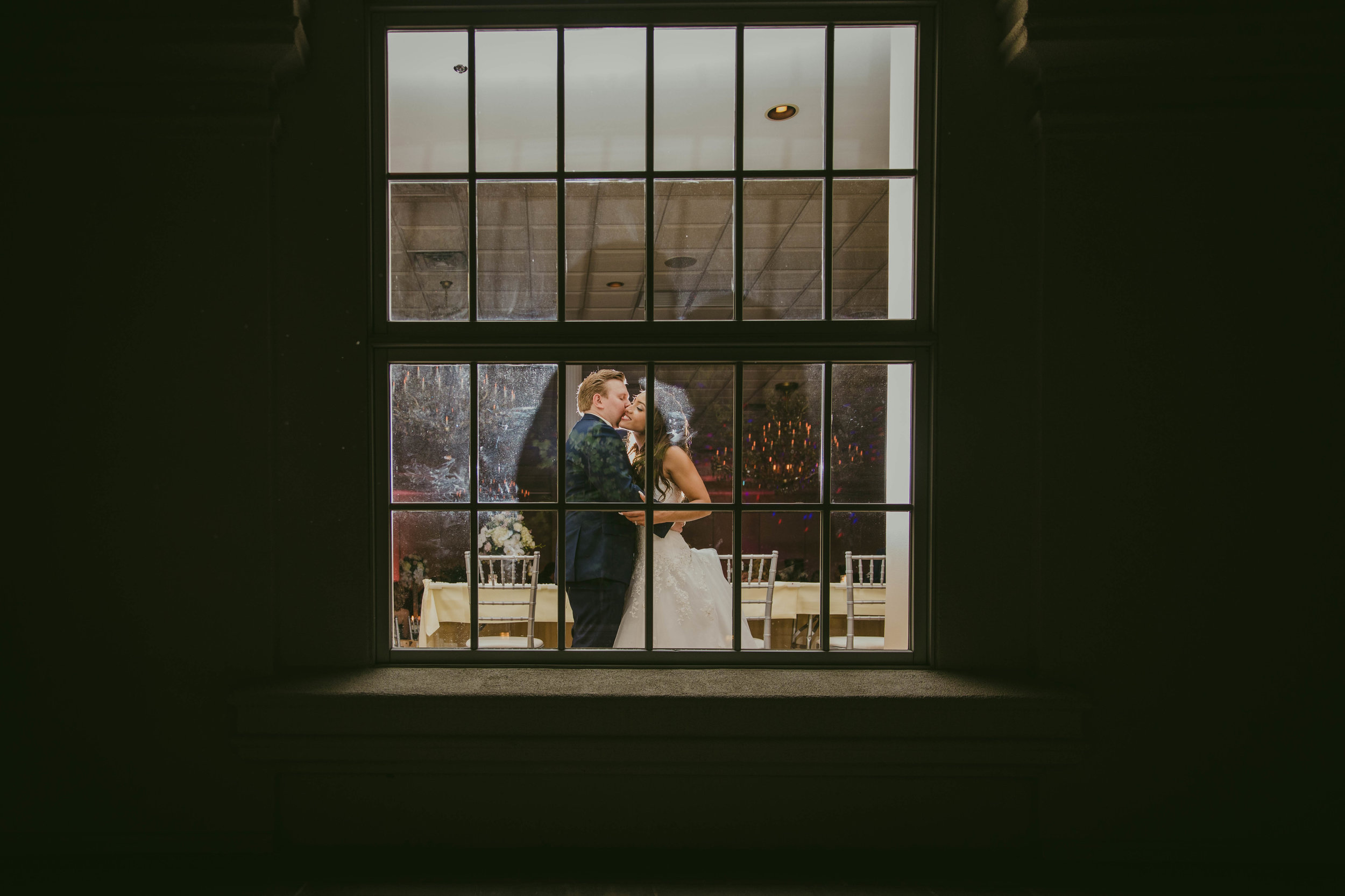 LeCapeWeddings - Suburbs Wedding -8.jpg