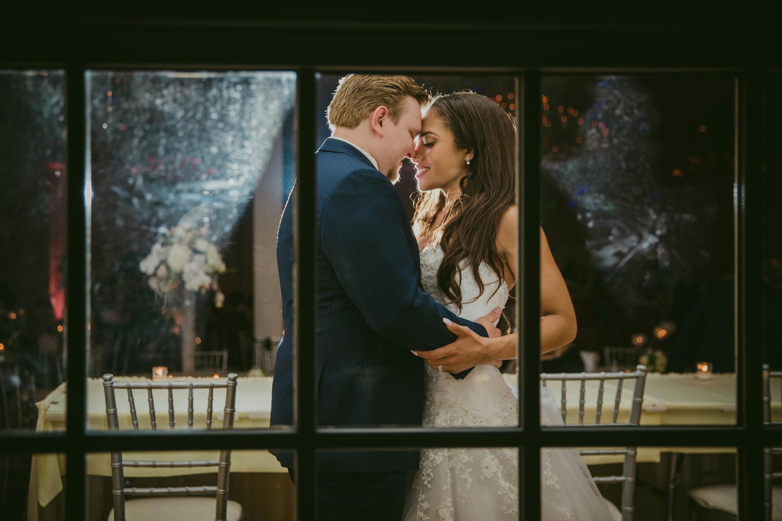 LeCapeWeddings - Suburbs Wedding -9.jpg