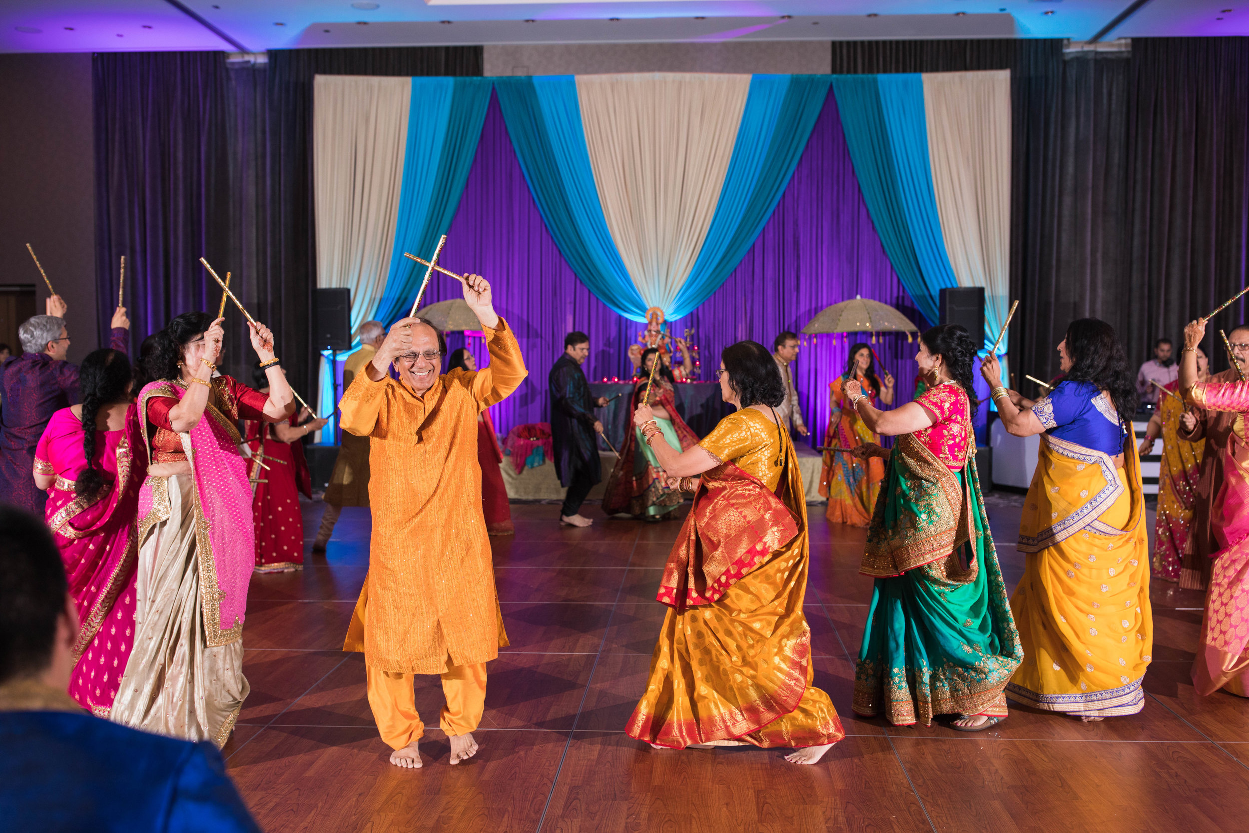 LeCapeWeddings - Chicago South Asian Wedding -30.jpg